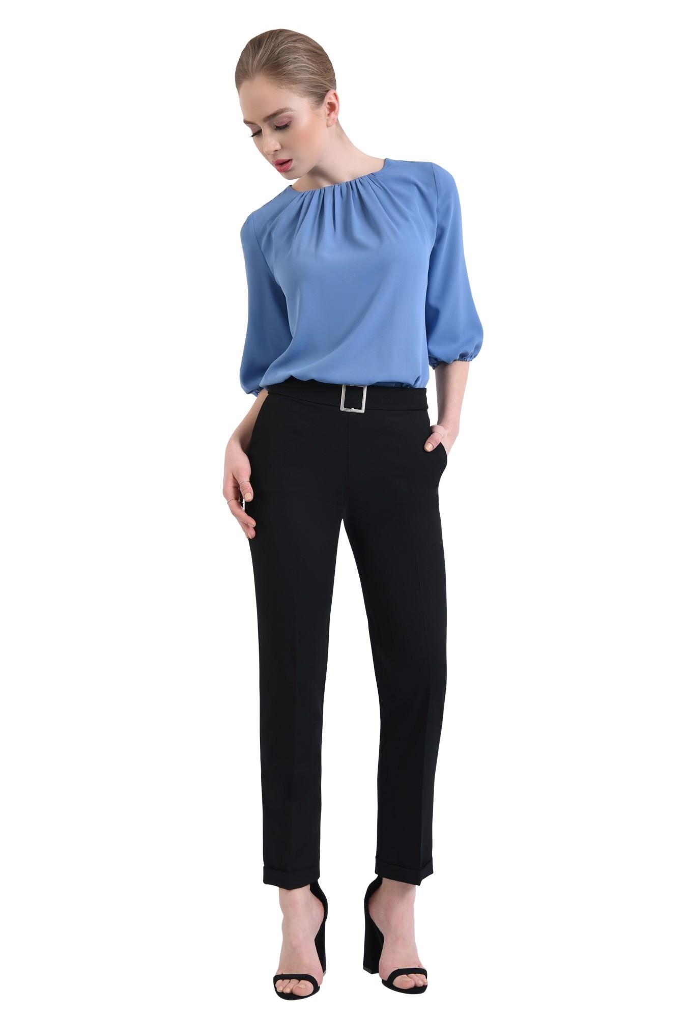 3 - 360 - Pantaloni la dunga, cu mansete, betelie
