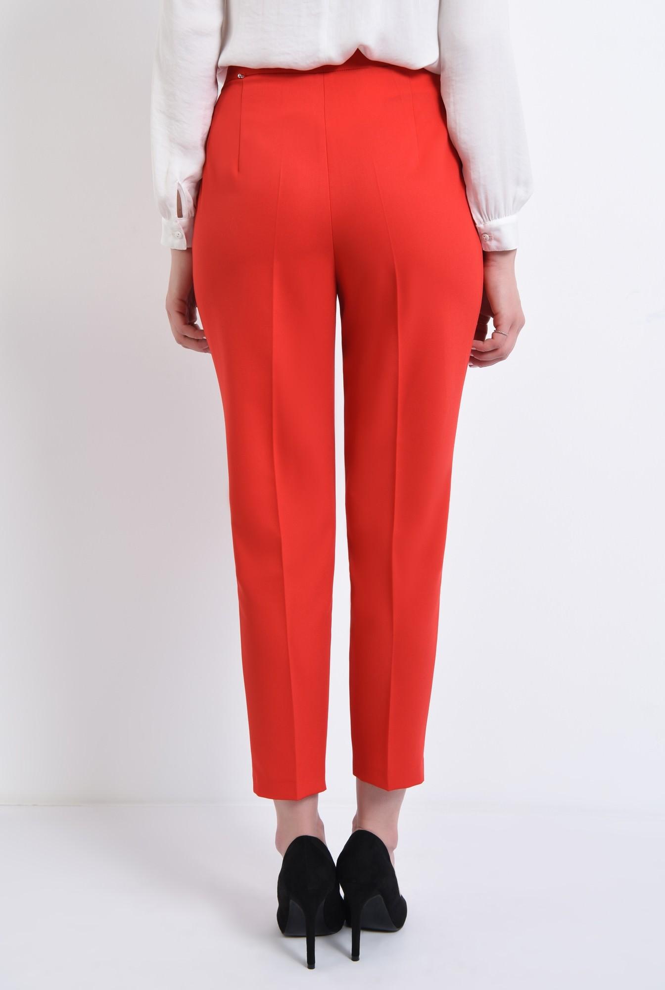 1 - Pantaloni conici, corai