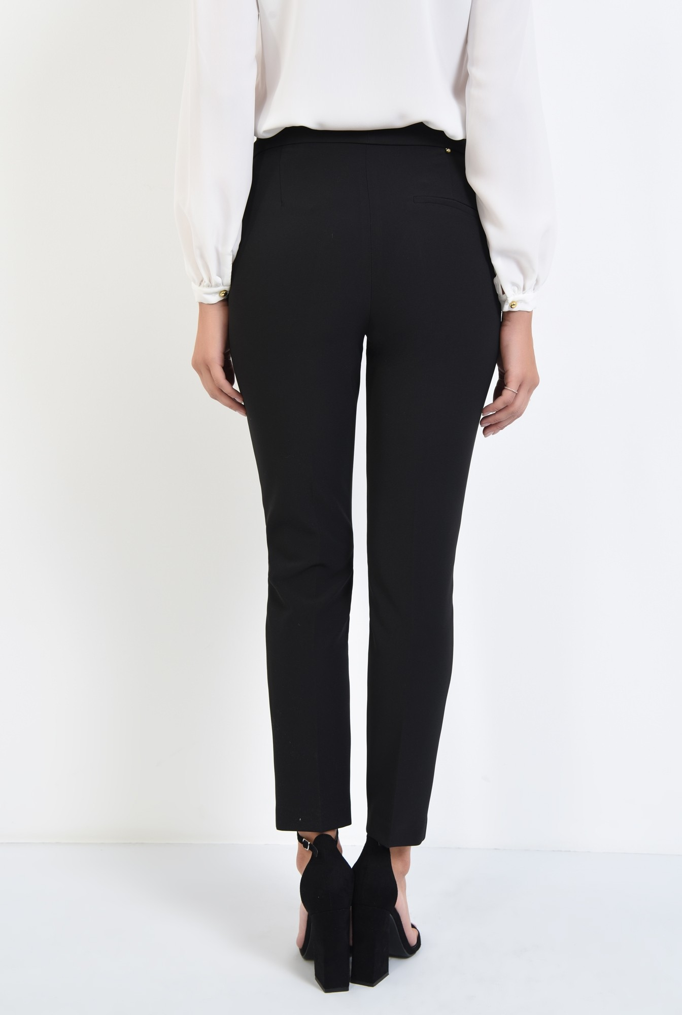 1 - pantaloni casual, croi conic, negru, nasture auriu