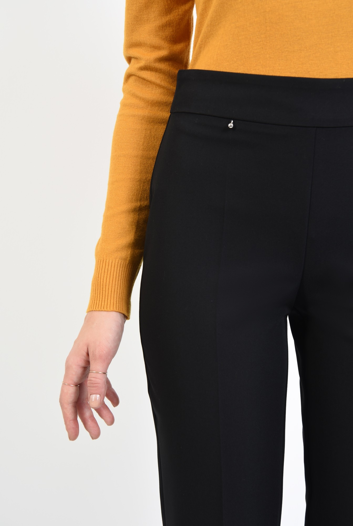 2 - pantaloni de zi, croi conic, buzunare in cusatura, talie inalta