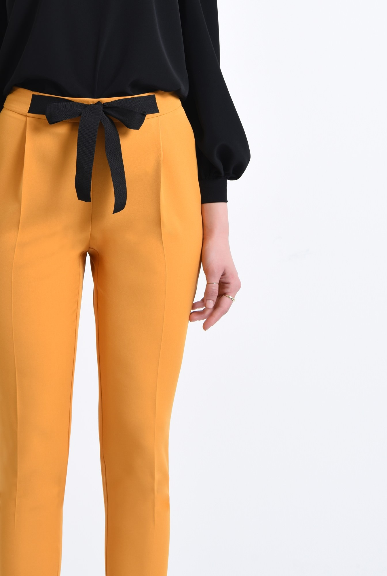 2 - Pantaloni casual, mustar
