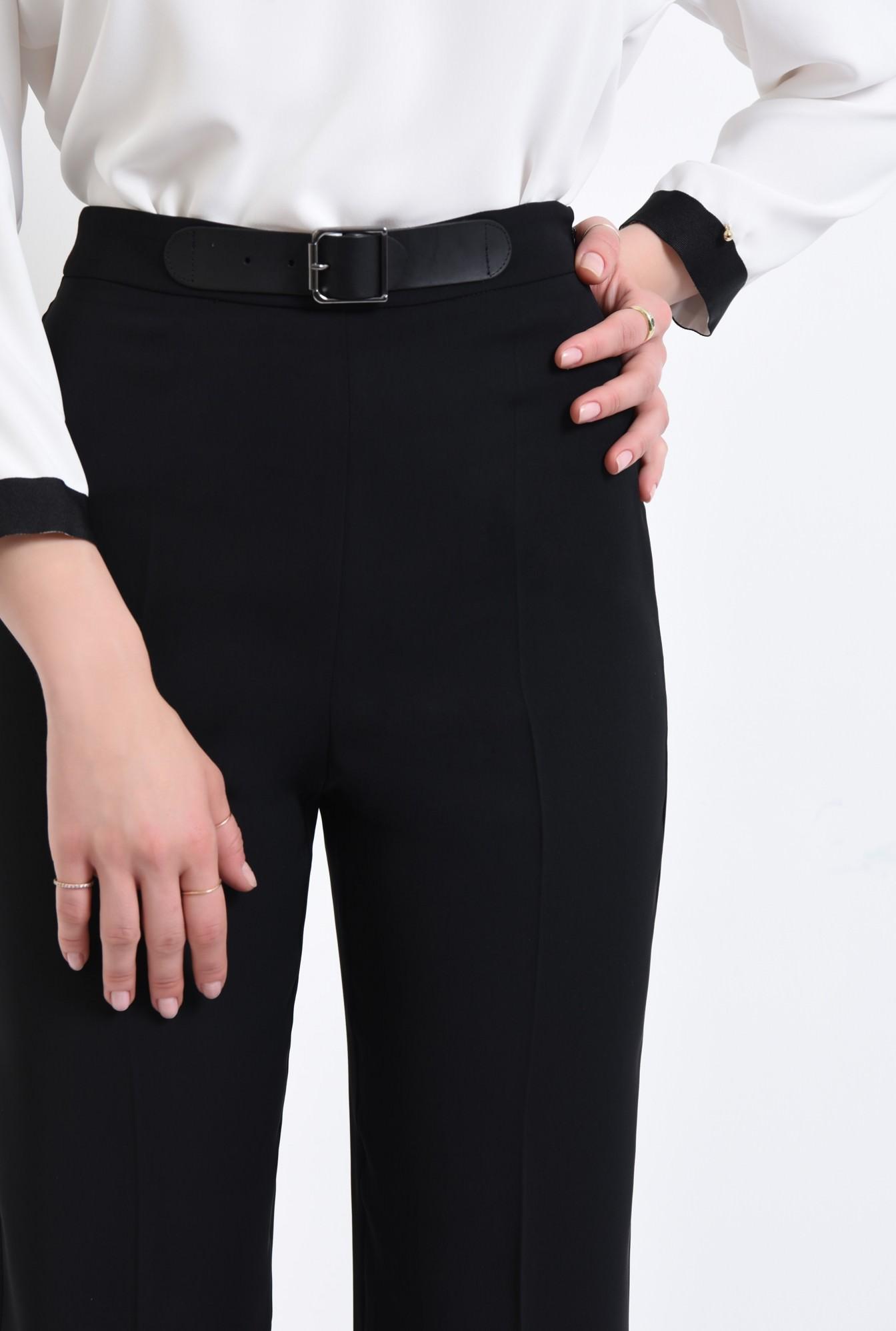 2 - Pantaloni eleganti, negri