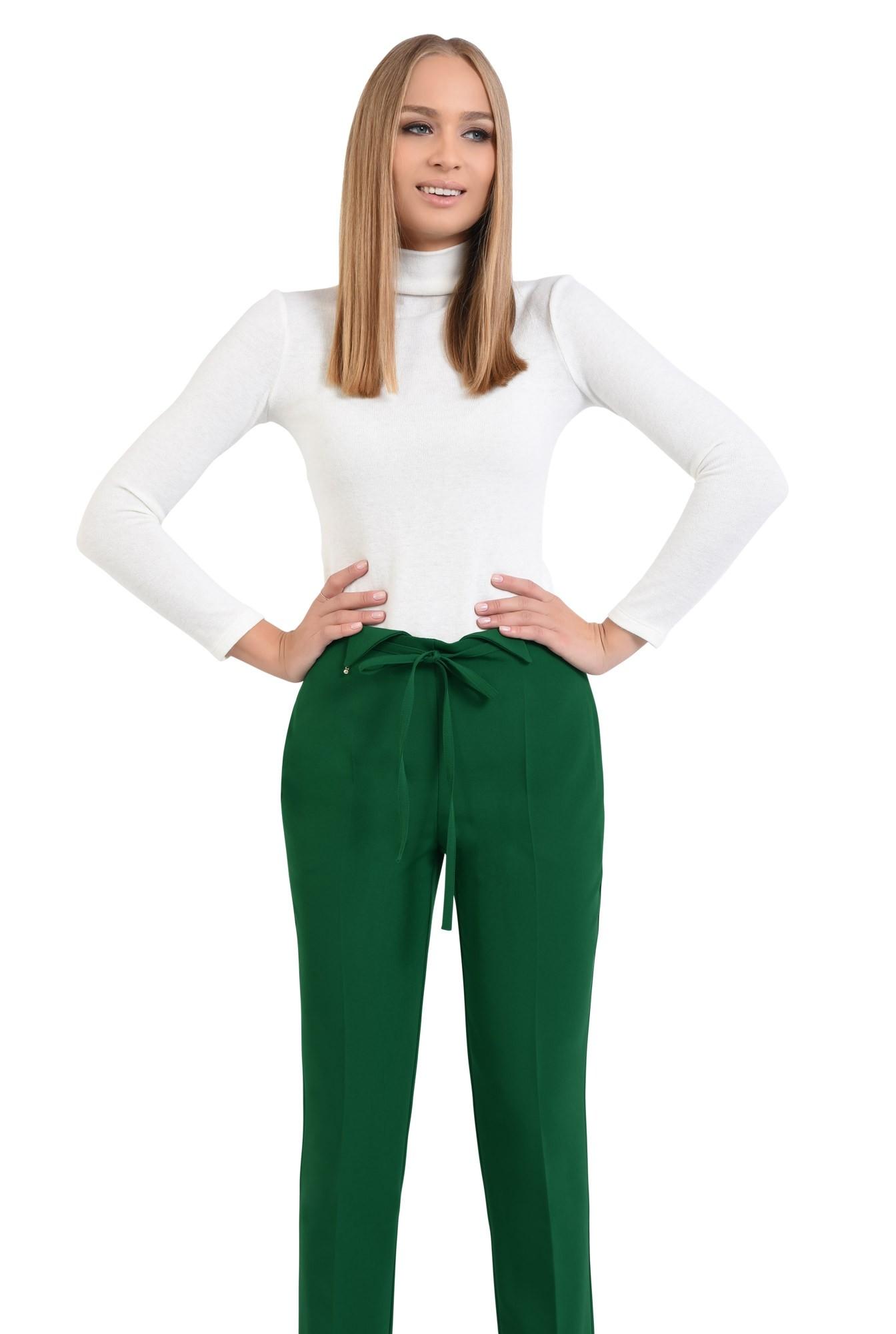 0 - pantaloni de zi, croi conic, la dunga, talie fara betelie