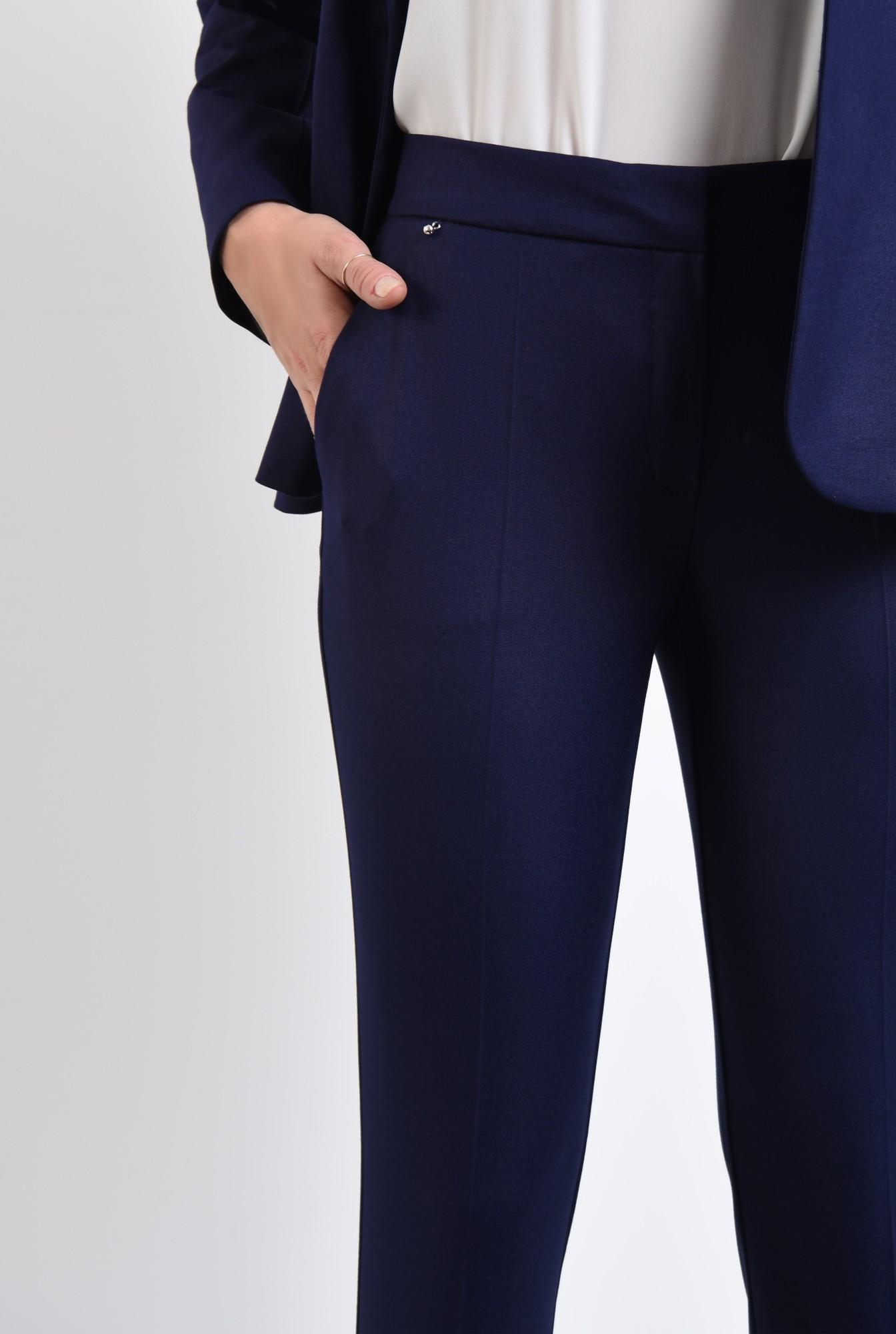 2 - pantaloni tigareta, croi conic, albastru