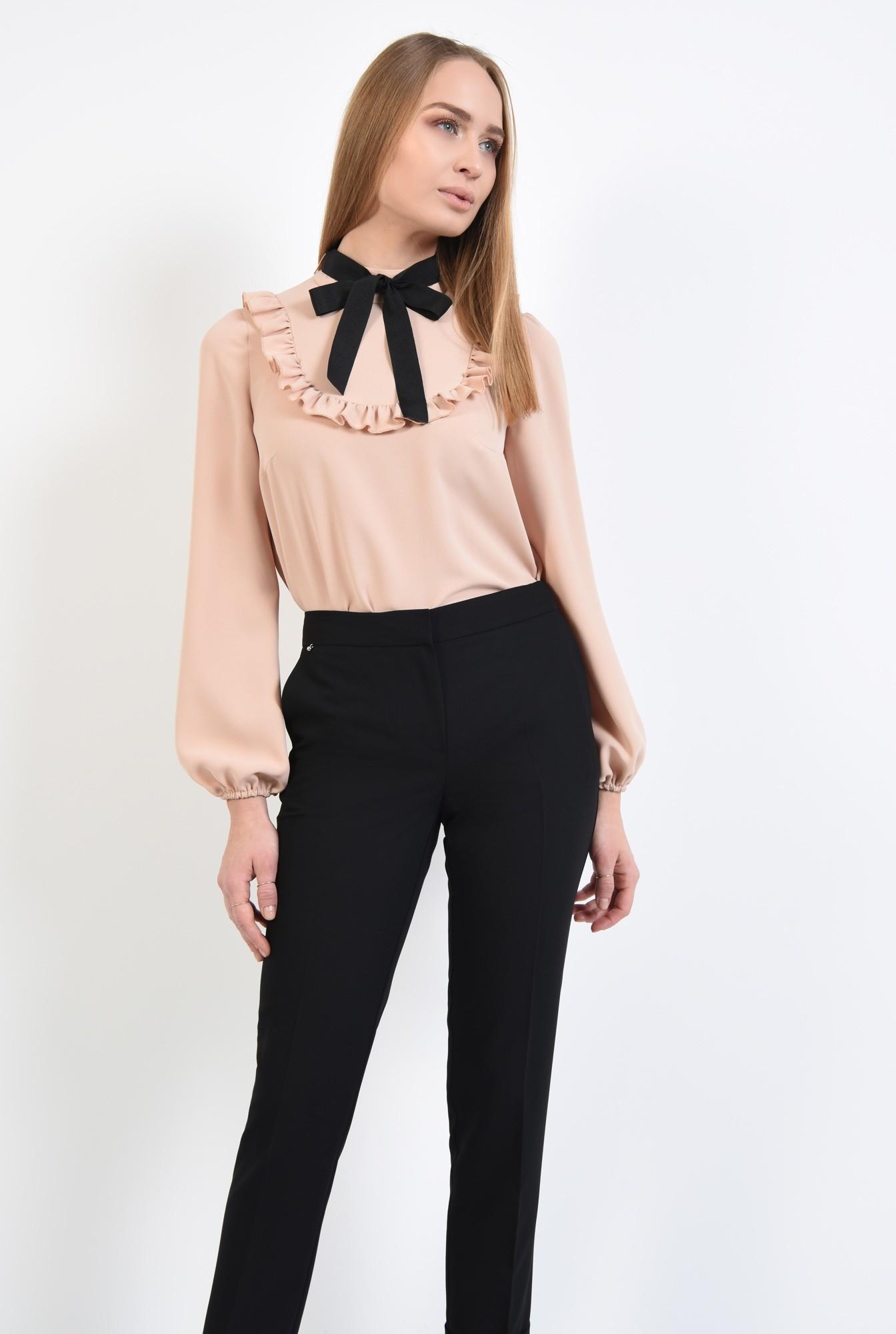 2 - pantaloni tigareta, cu mansete, cu talie medie, buzunare