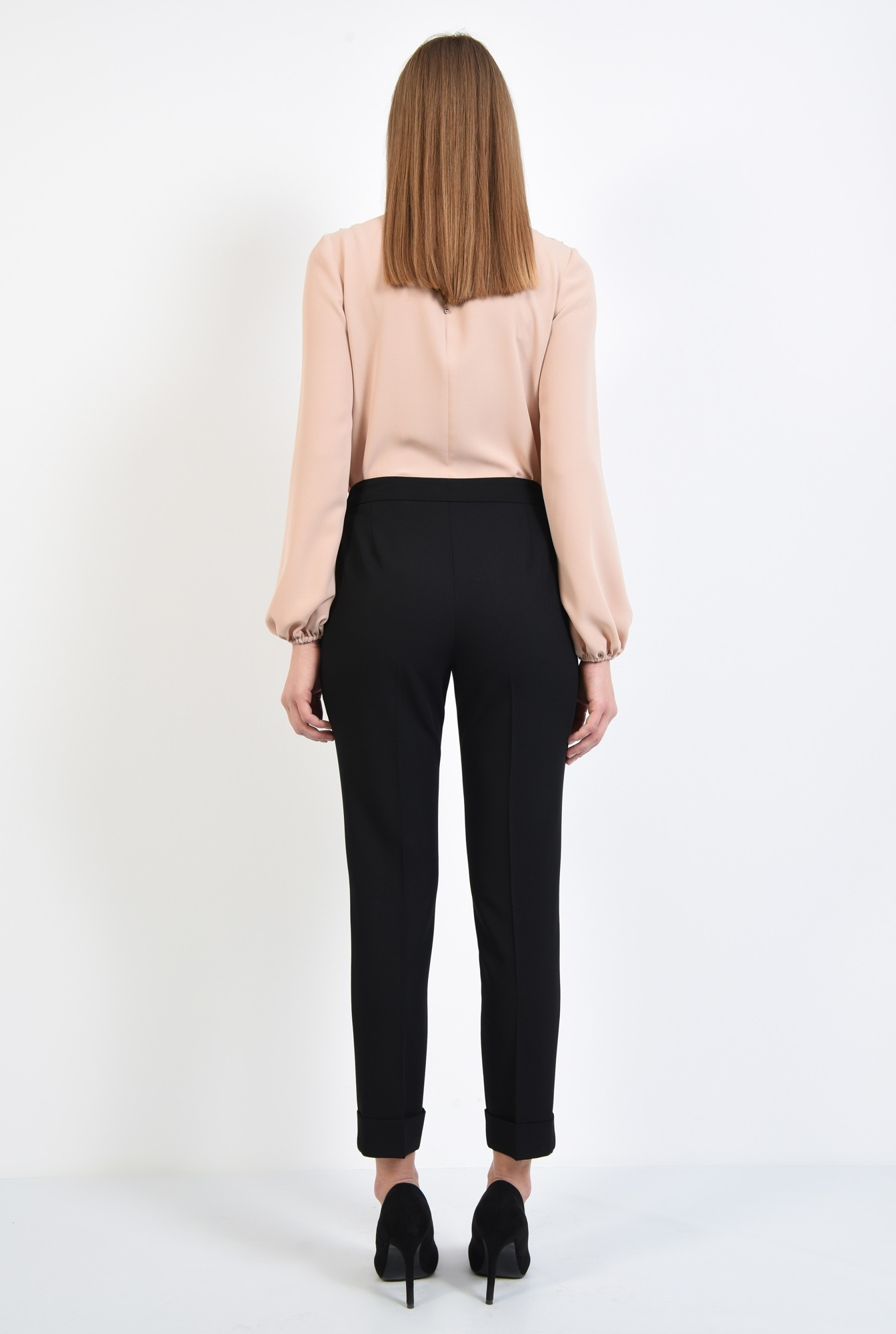 1 - pantaloni tigareta, cu mansete, cu talie medie, buzunare