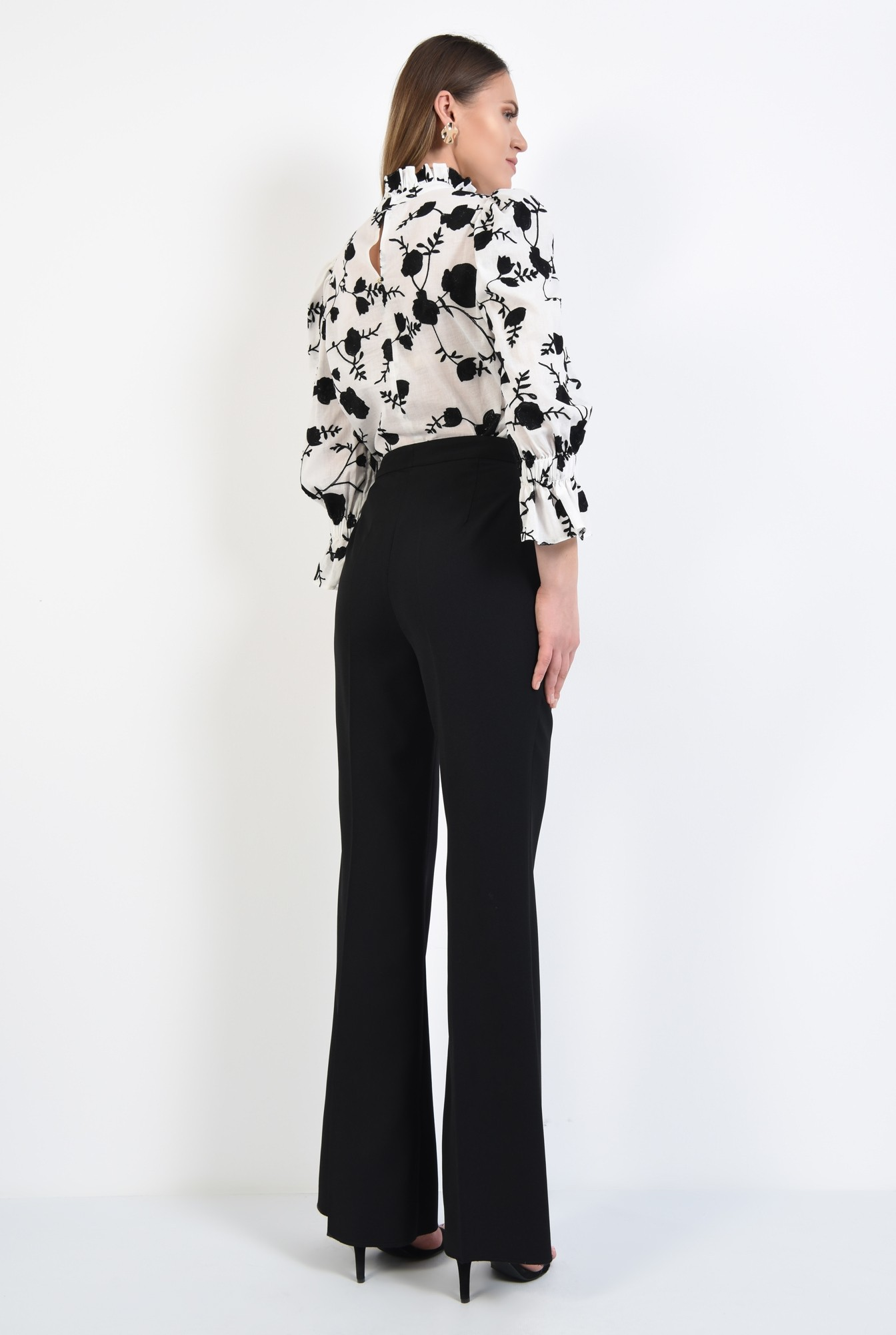 1 - pantaloni negri, wide-leg, talie cu betelie, buzunare