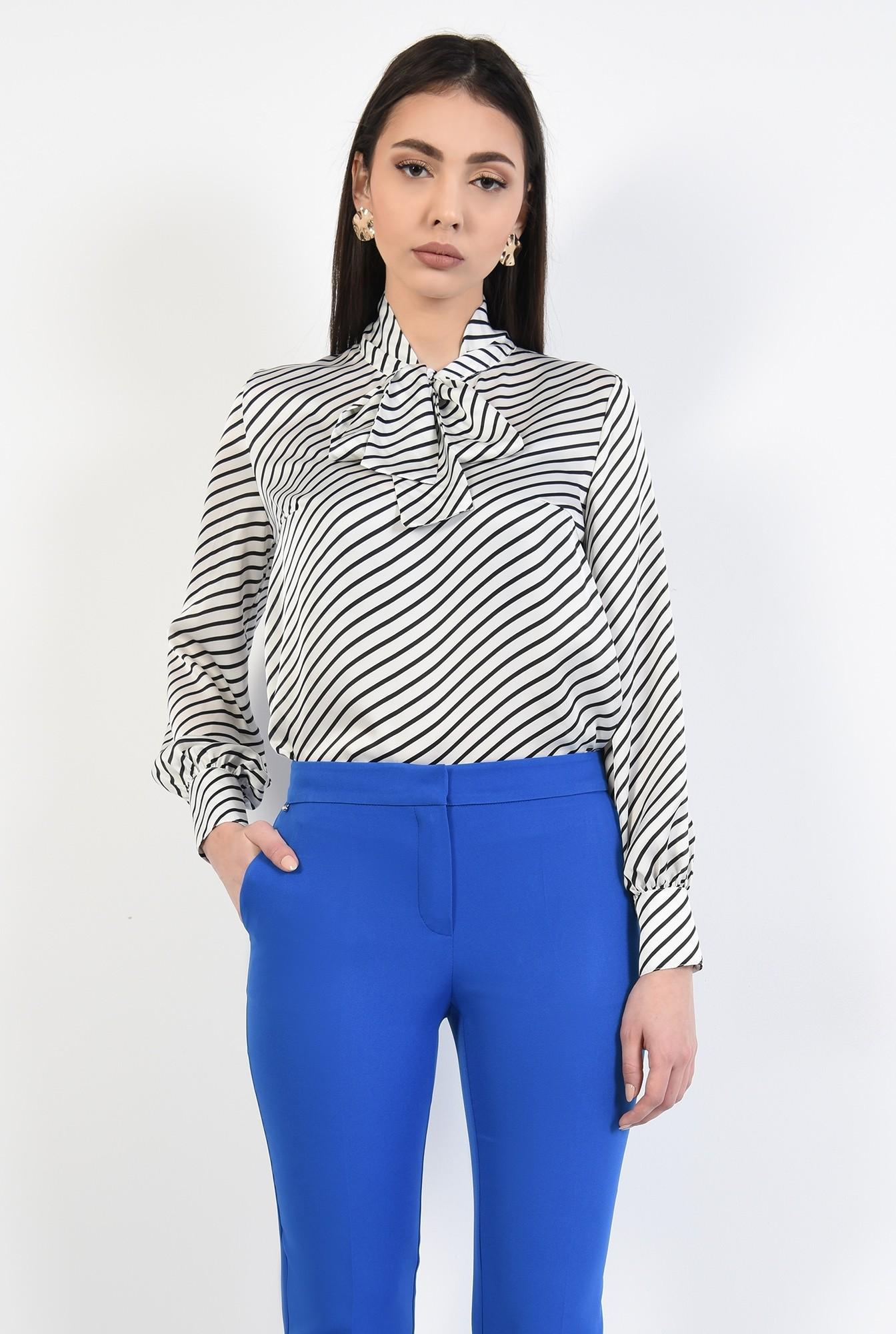 1 - pantaloni conici, albastri, lungi, croi tigareta, talie medie