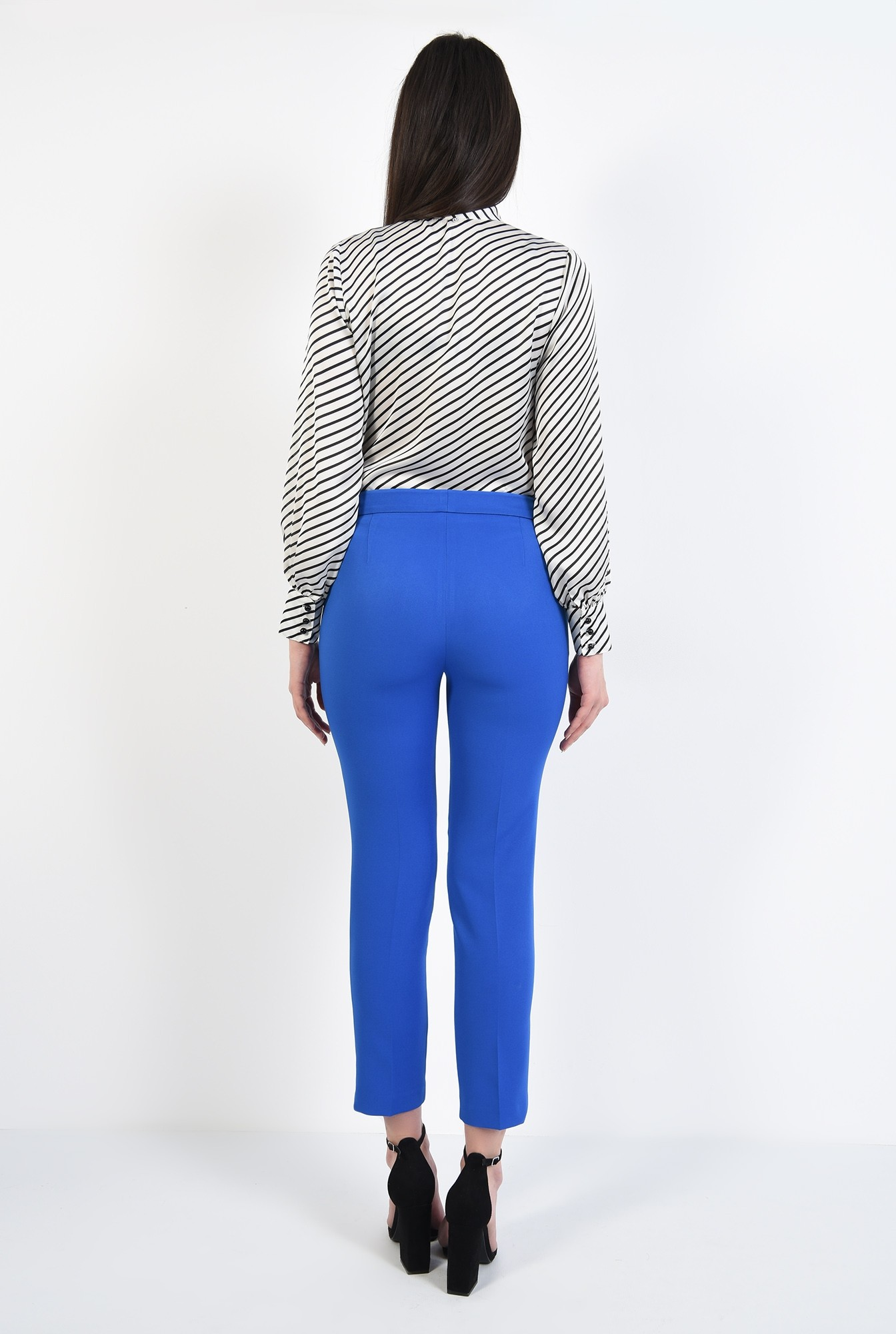 2 - pantaloni conici, albastri, lungi, croi tigareta, talie medie