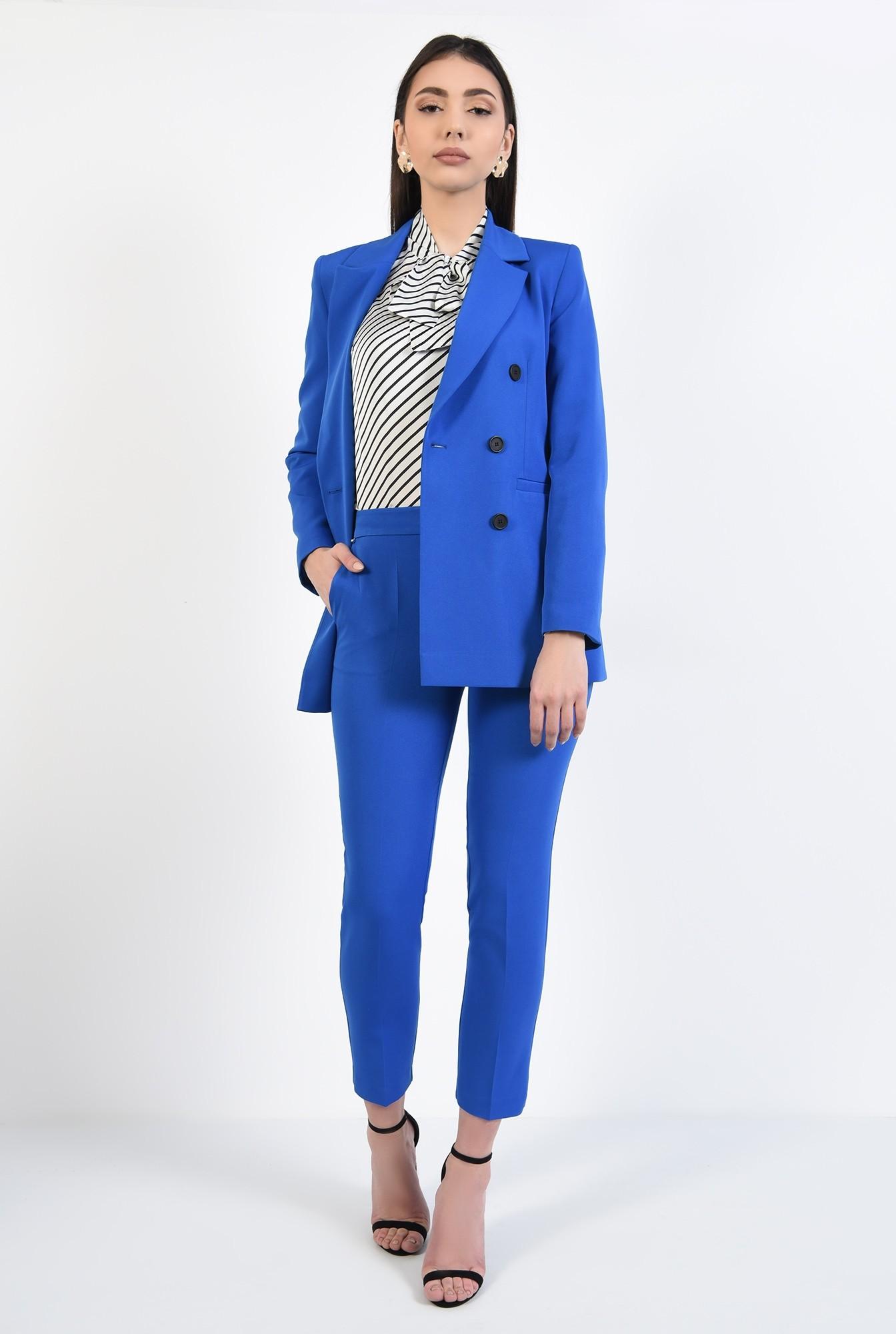 3 - pantaloni conici, albastri, lungi, croi tigareta, talie medie