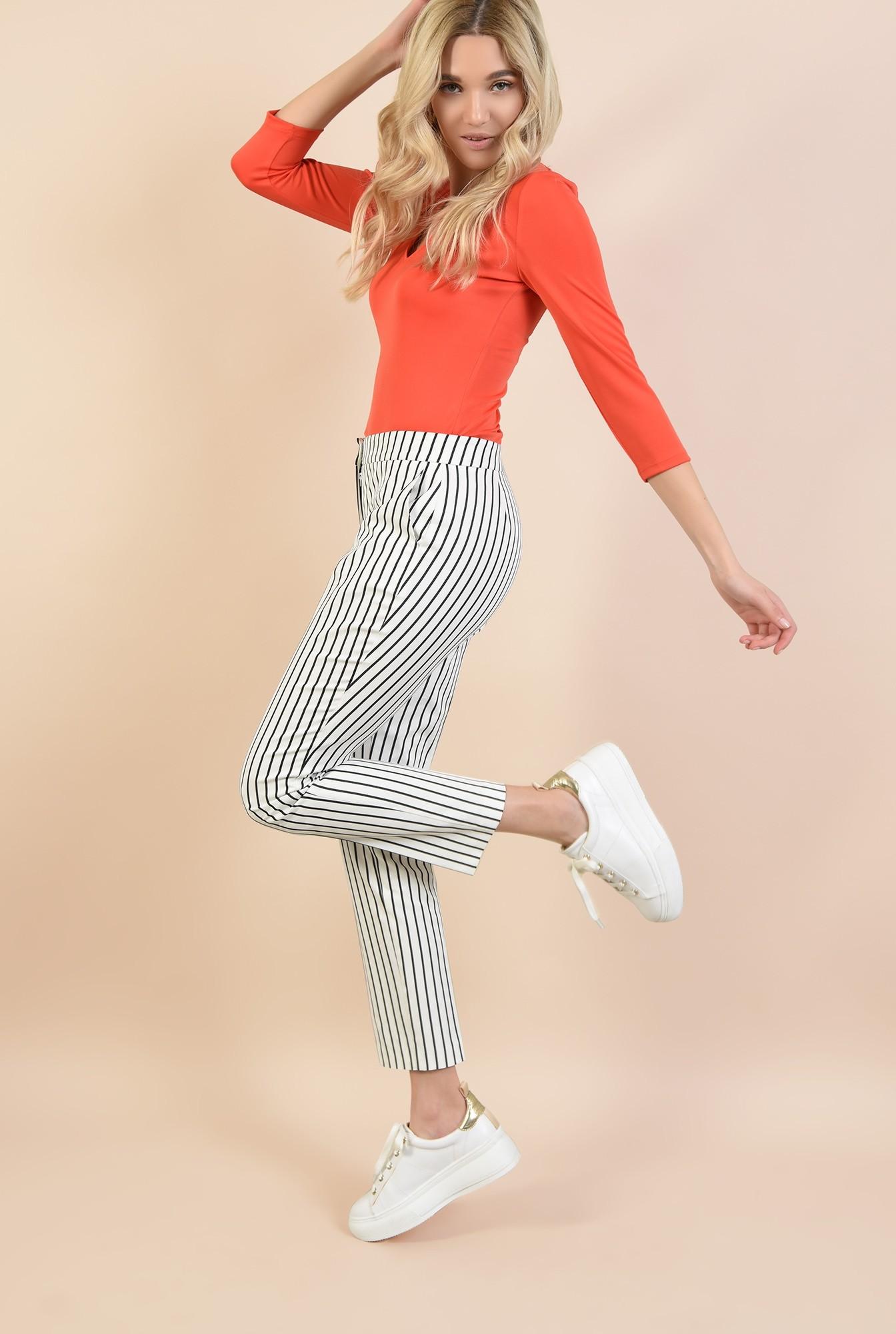 0 - pantaloni casual, cu dungi, conici, buzunare in cusatura