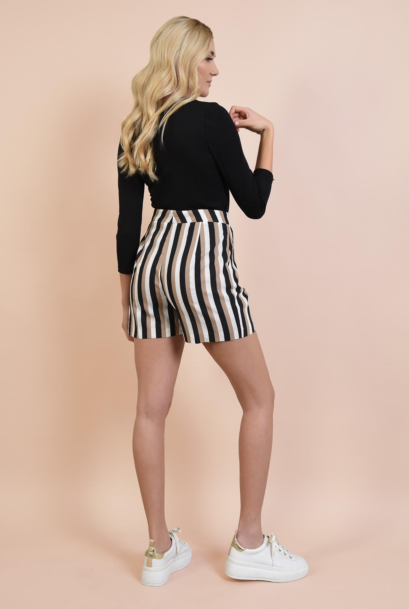 0 - 360 - pantaloni scurti, cu dungi, talie inalta cu betelie, imprimeu