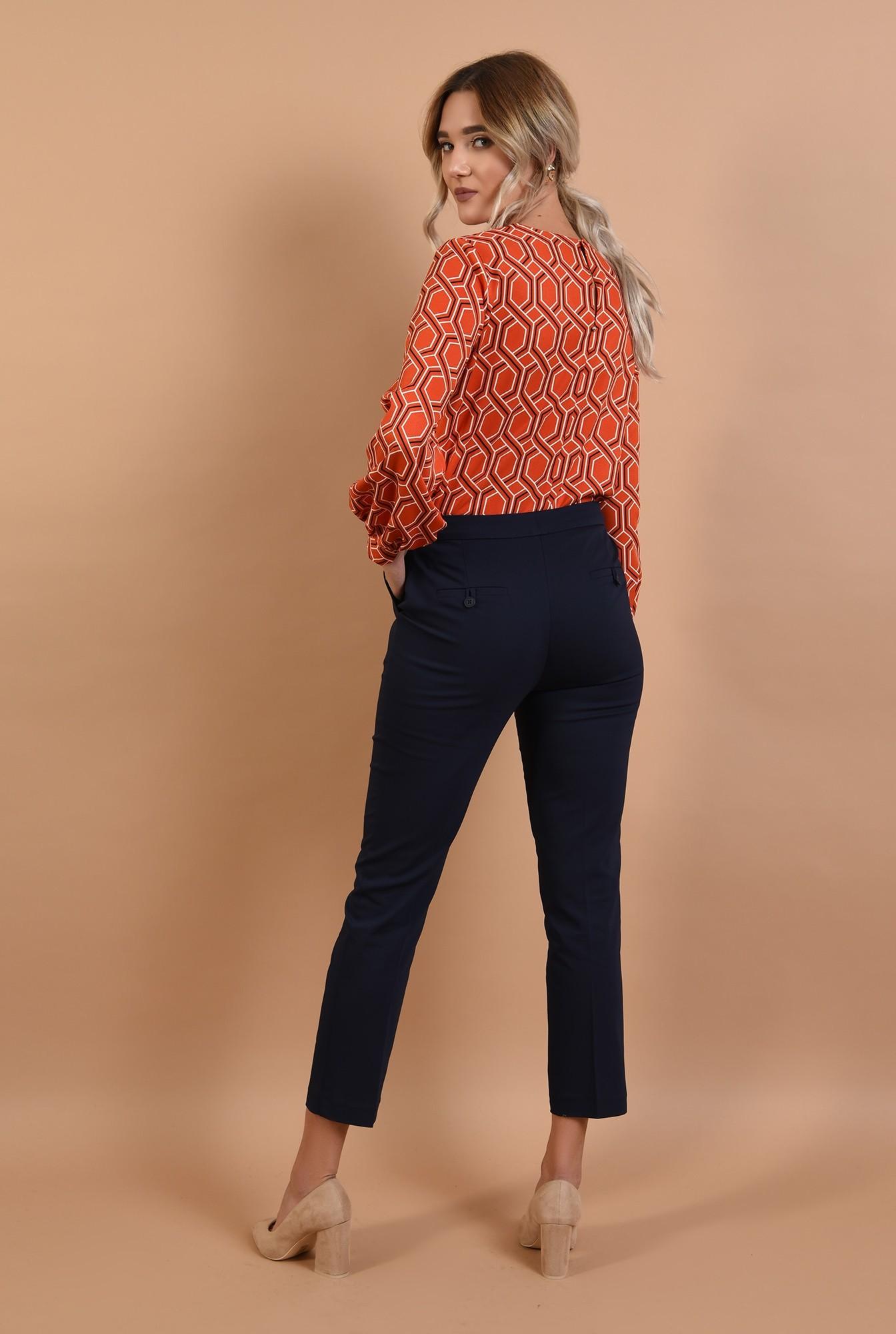 1 - pantaloni bleumarin, conici, cu buzunare, talie medie