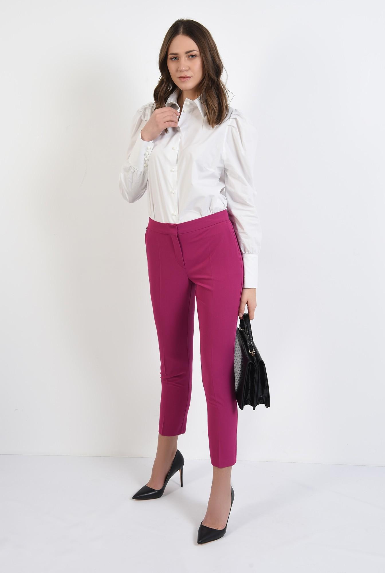 3 - pantaloni conici, croi tigareta, buzunare, talie medie