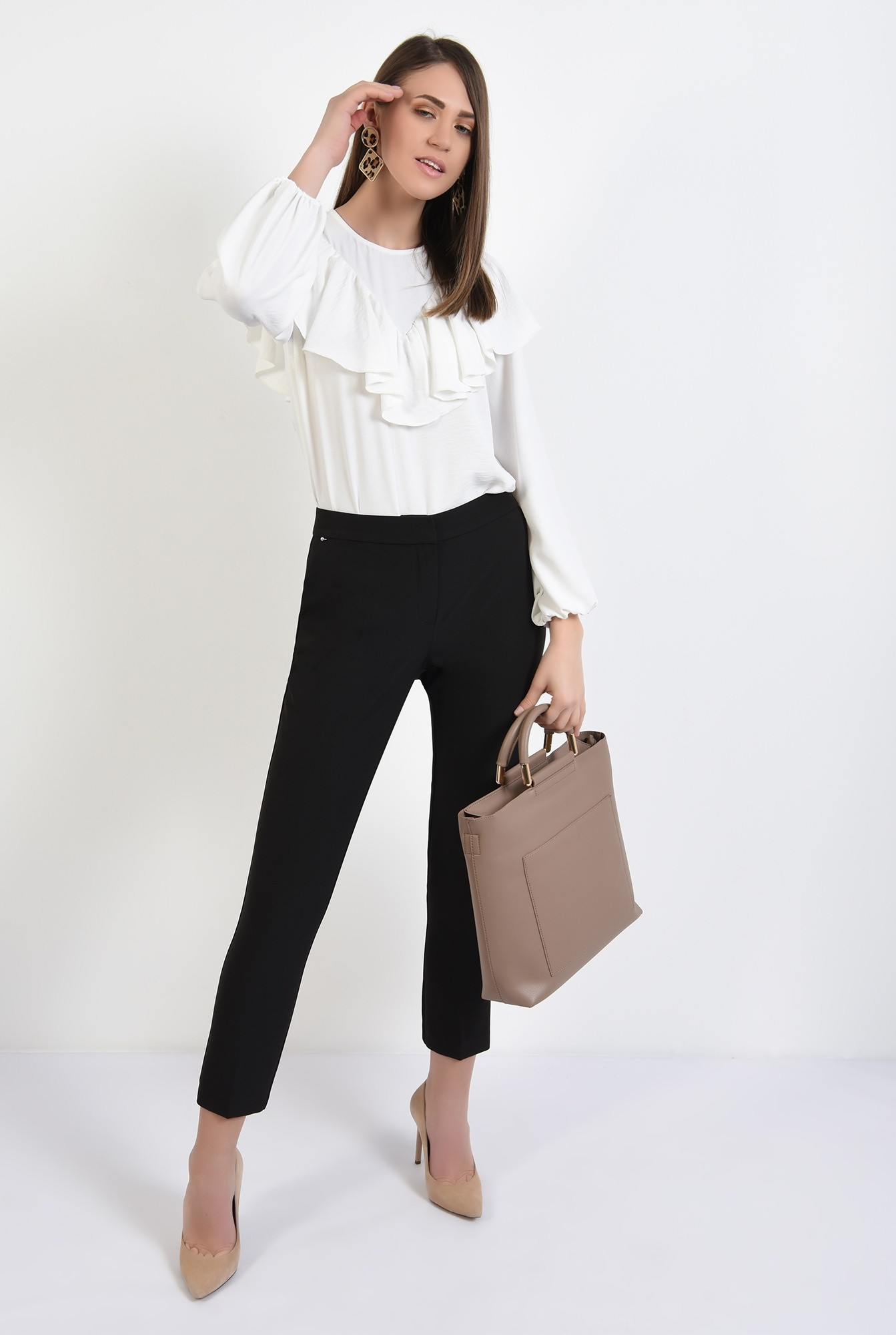 3 - 360 - pantaloni negri, conici, talie medie, buzunare, croi tigareta
