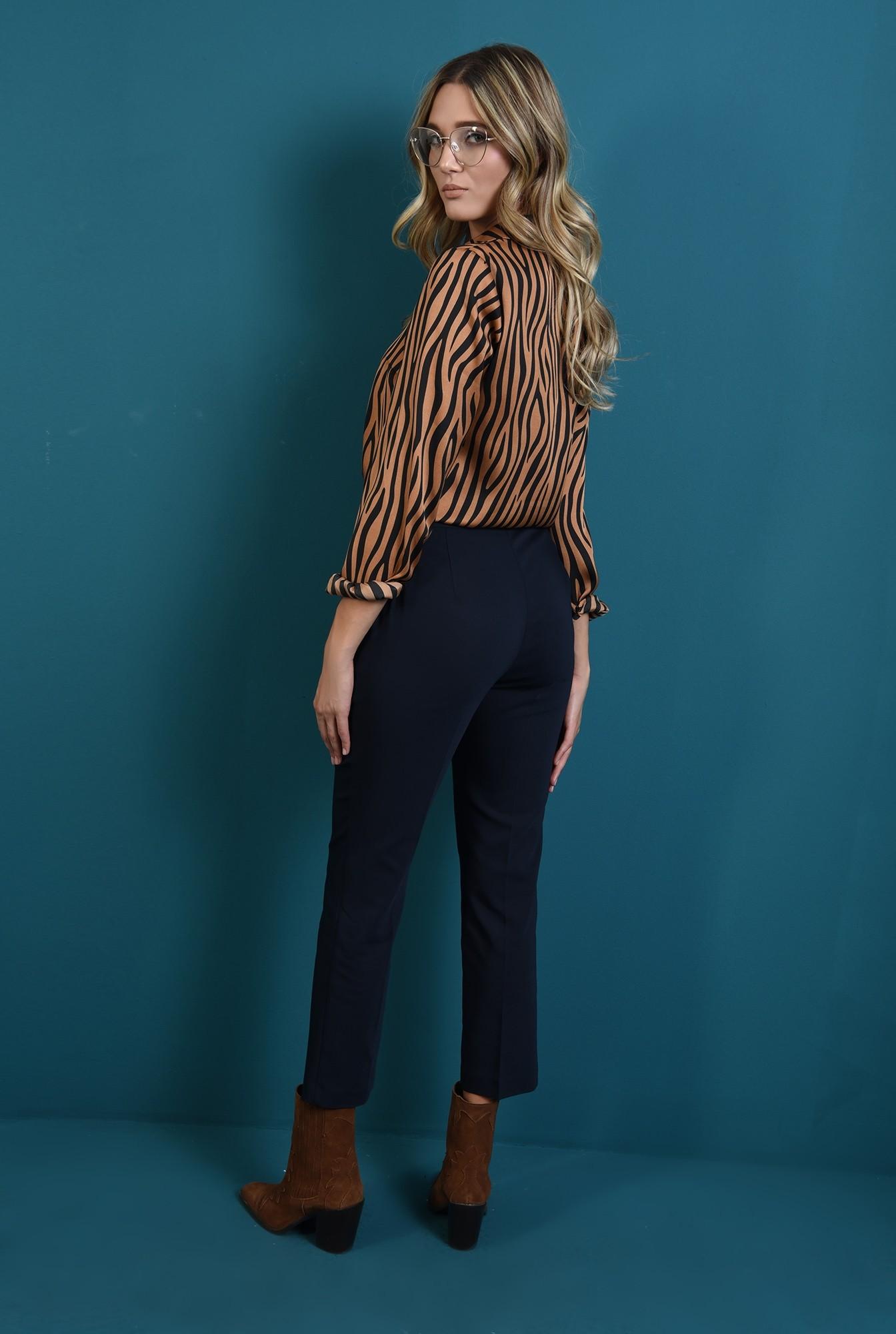 1 - pantaloni bleumarin cu buzunare laterale