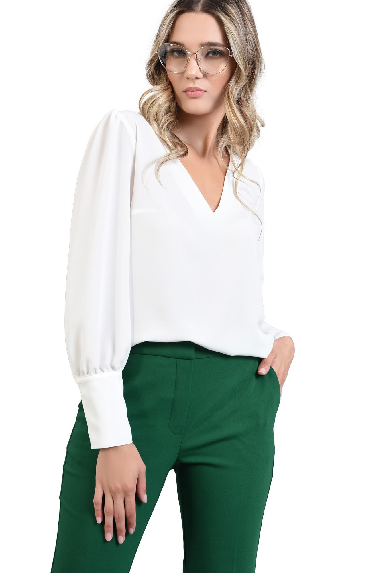 3 - pantaloni verzi, croi conic, Poema