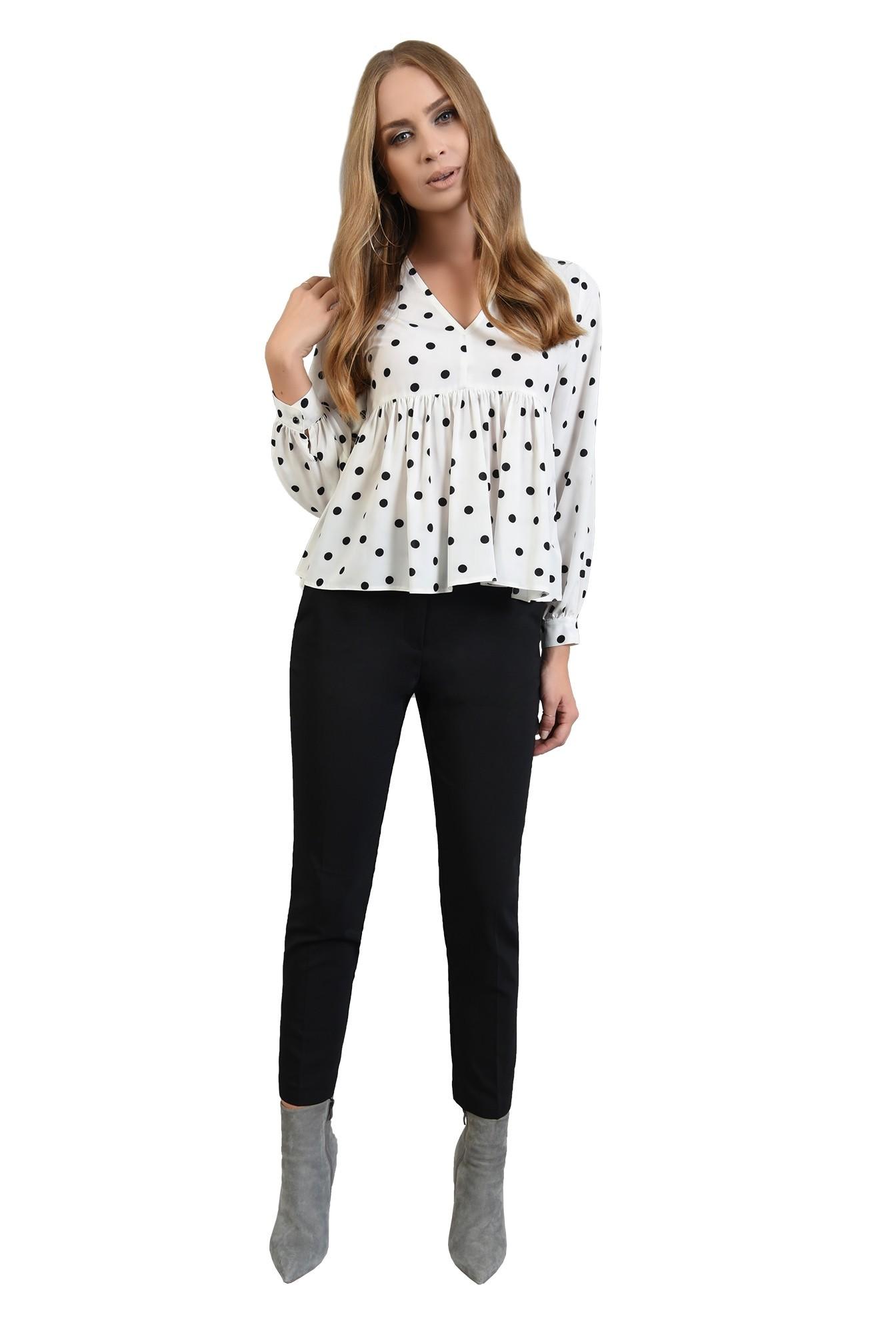 3 - 360 - pantaloni negri conici, cu buzunare laterale