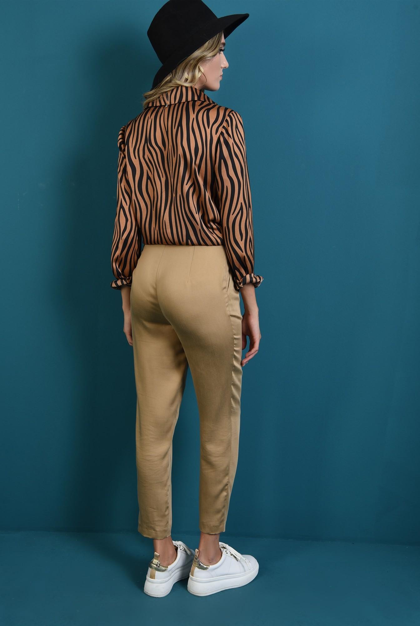 1 - 360 - pantaloni tigareta bej, Poema