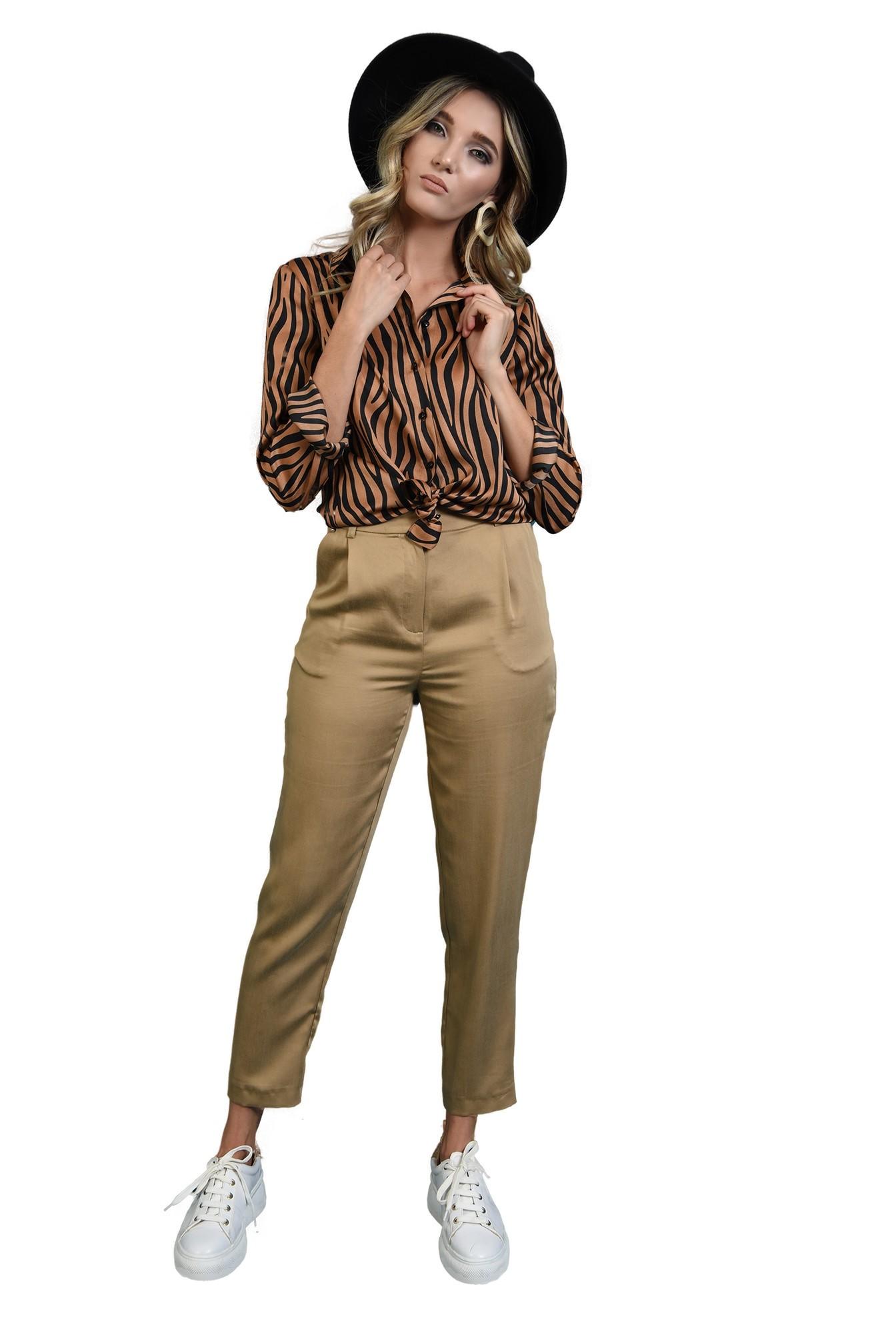 3 - 360 - pantaloni tigareta bej, Poema