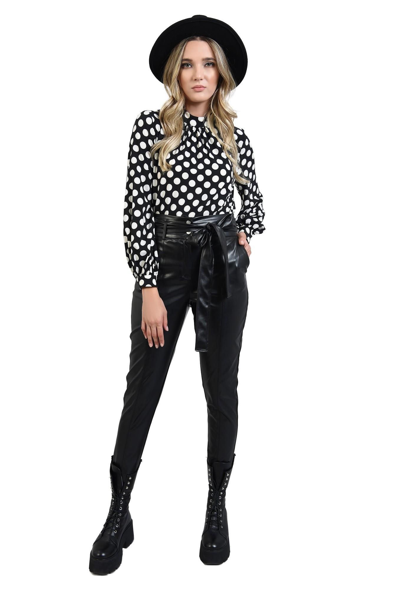 3 - pantaloni conici, casual, cu buzunare laterale