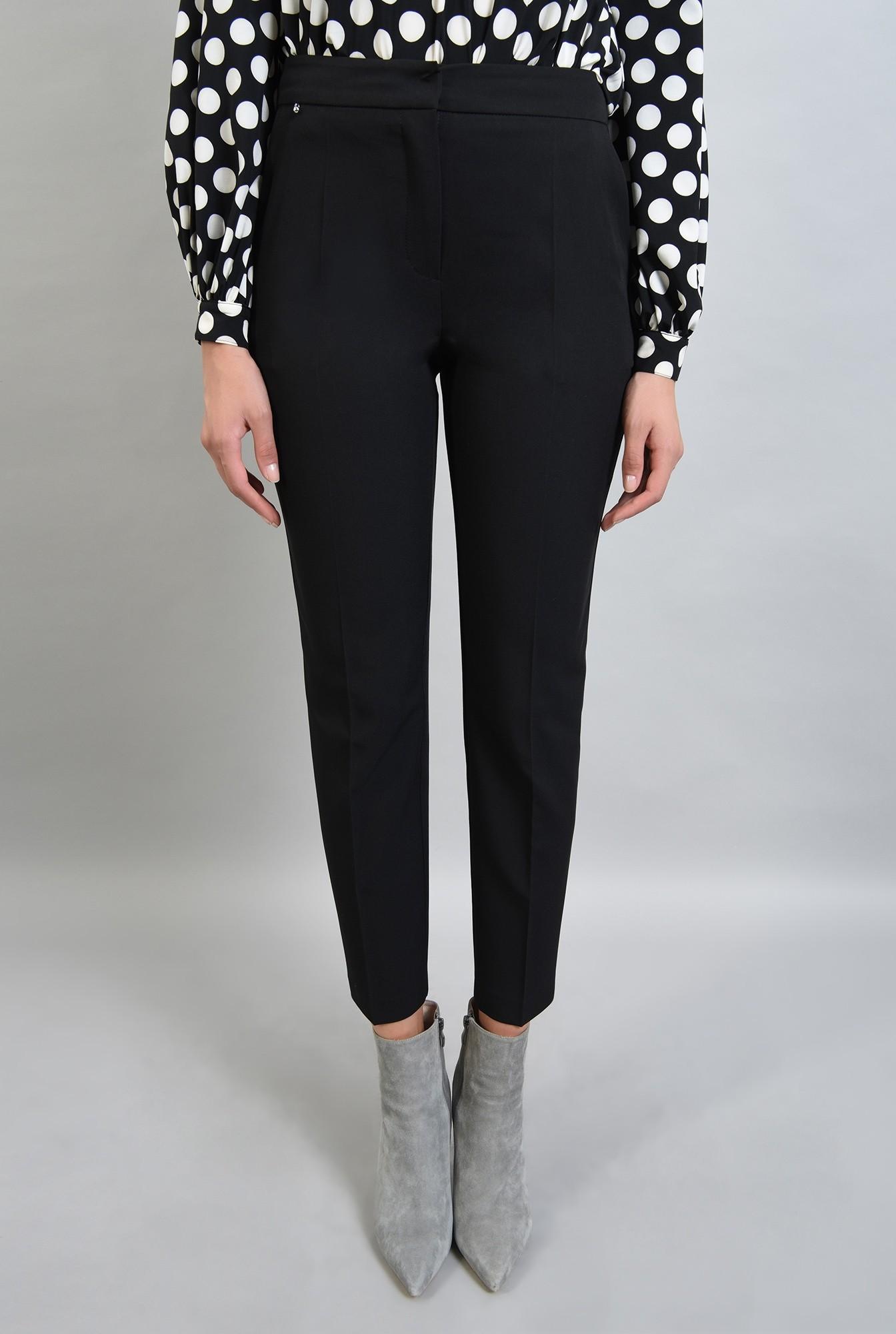 2 - 360 - pantaloni negri, conici, cu buzunare laterale