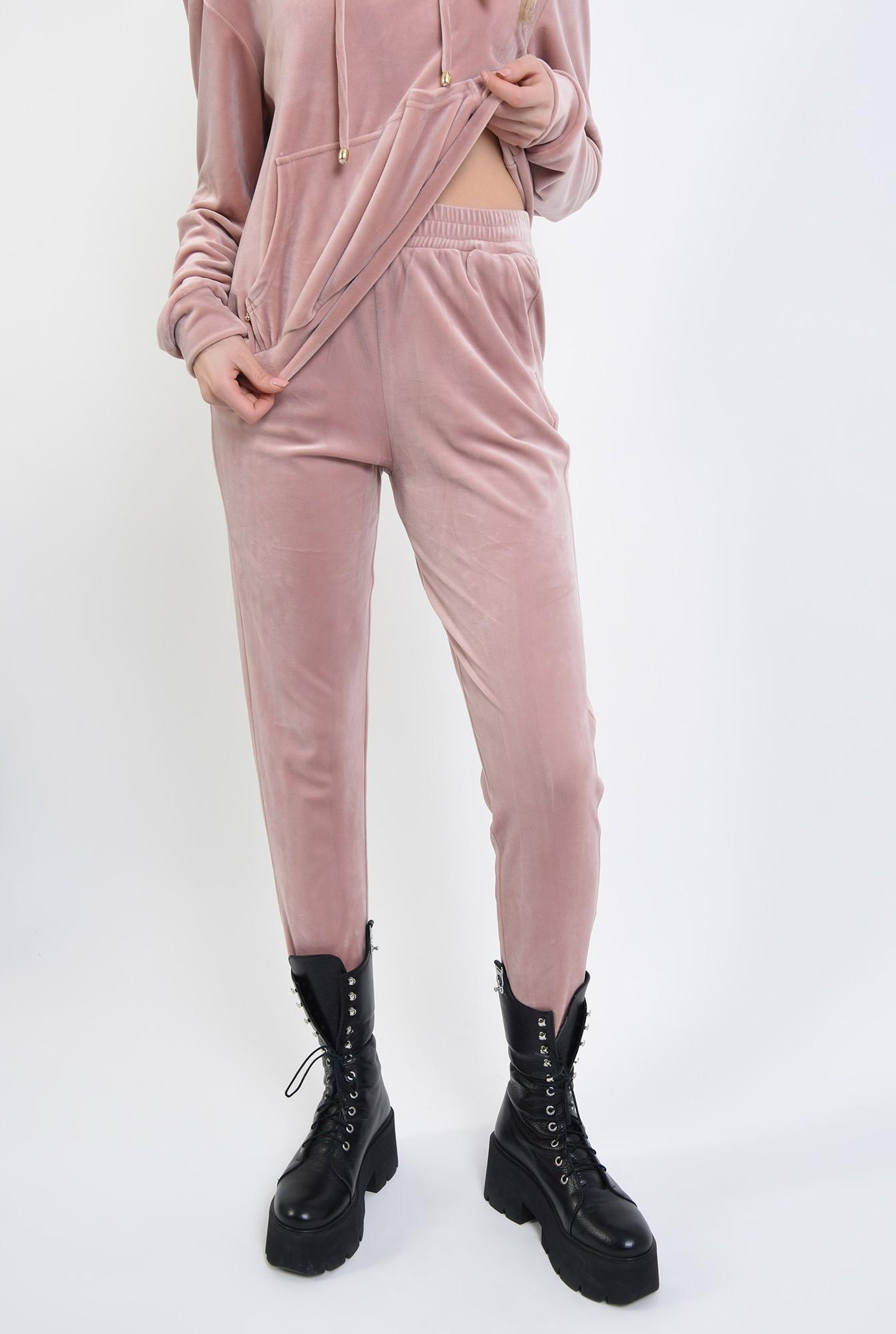 3 - 360 - pantaloni roz, din catifea, cu buzunare