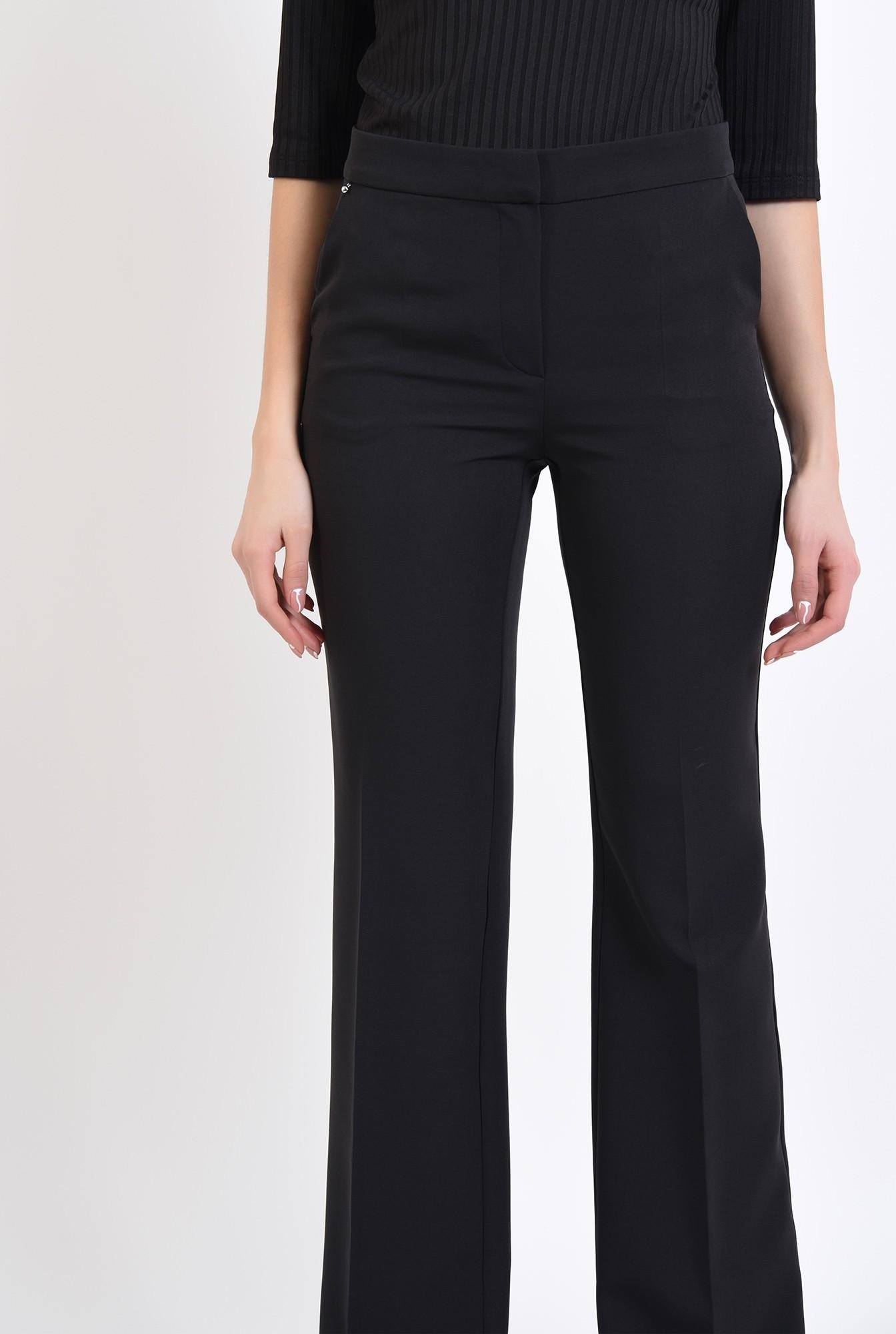 1 - pantaloni cu talie medie, cu buzunare laterale