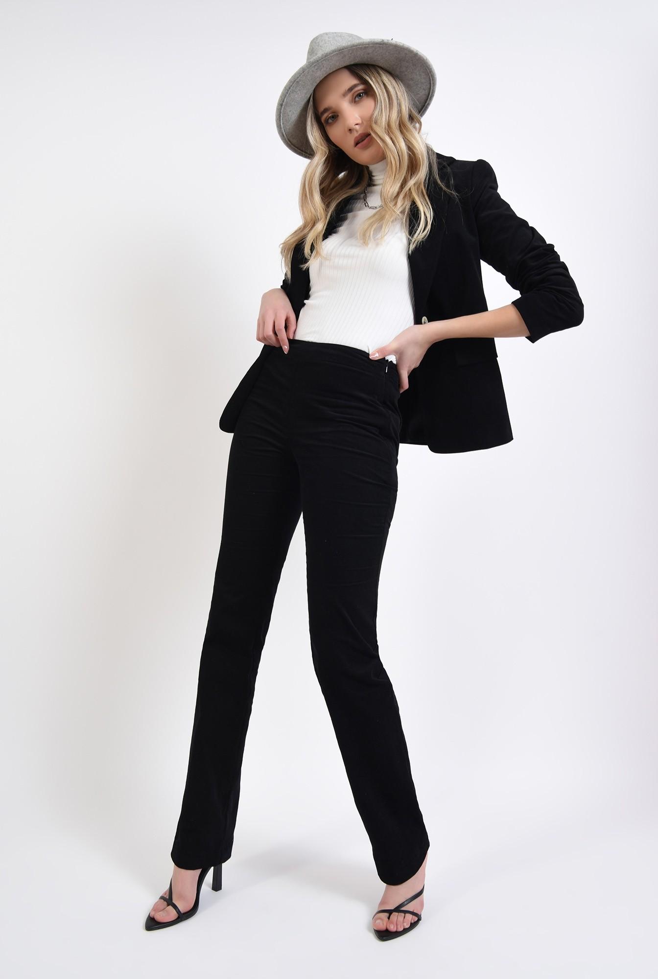 0 - pantaloni negri, reiati, cu talie medie