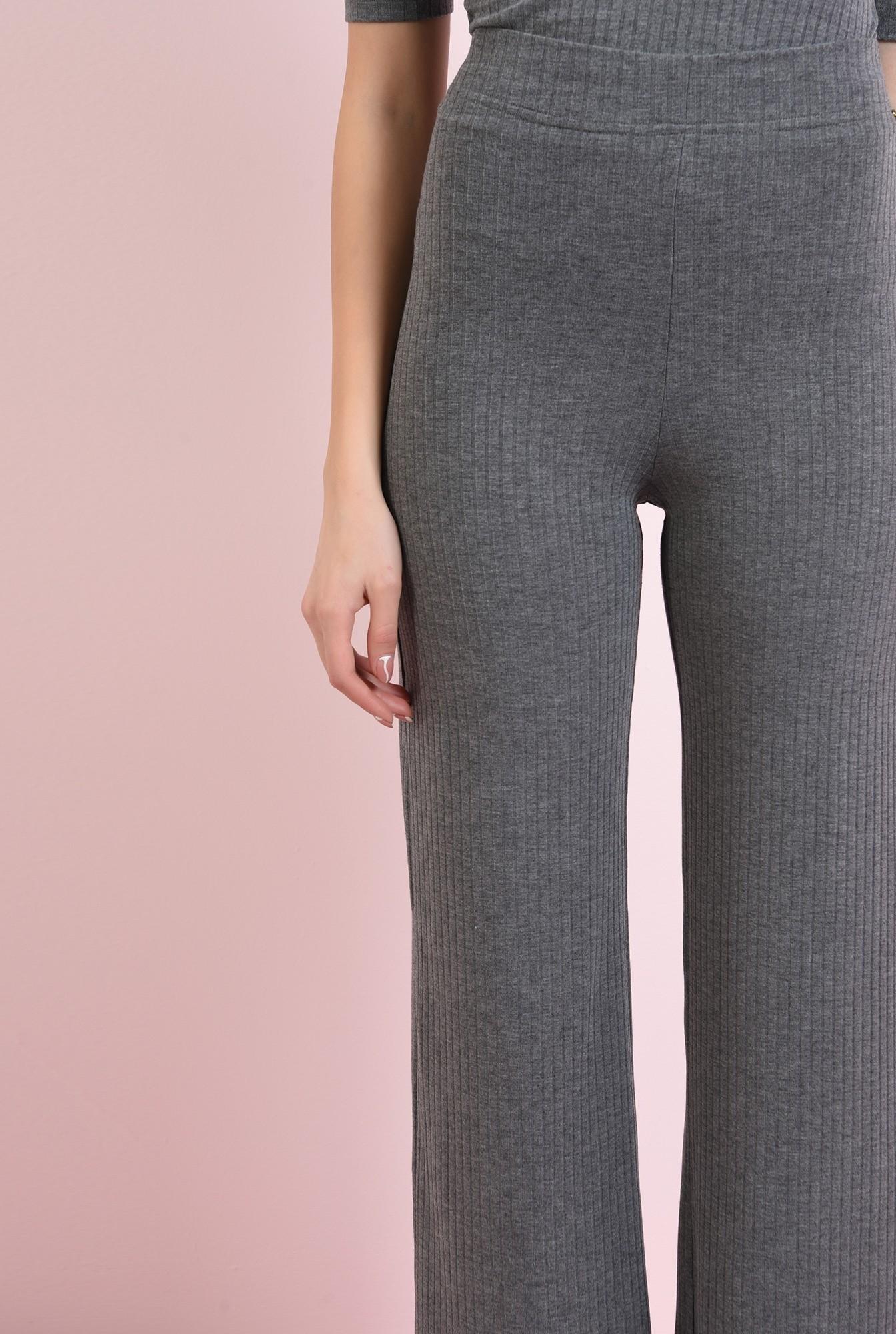 2 - pantaloni evazati, cullotes, cu talie inalta