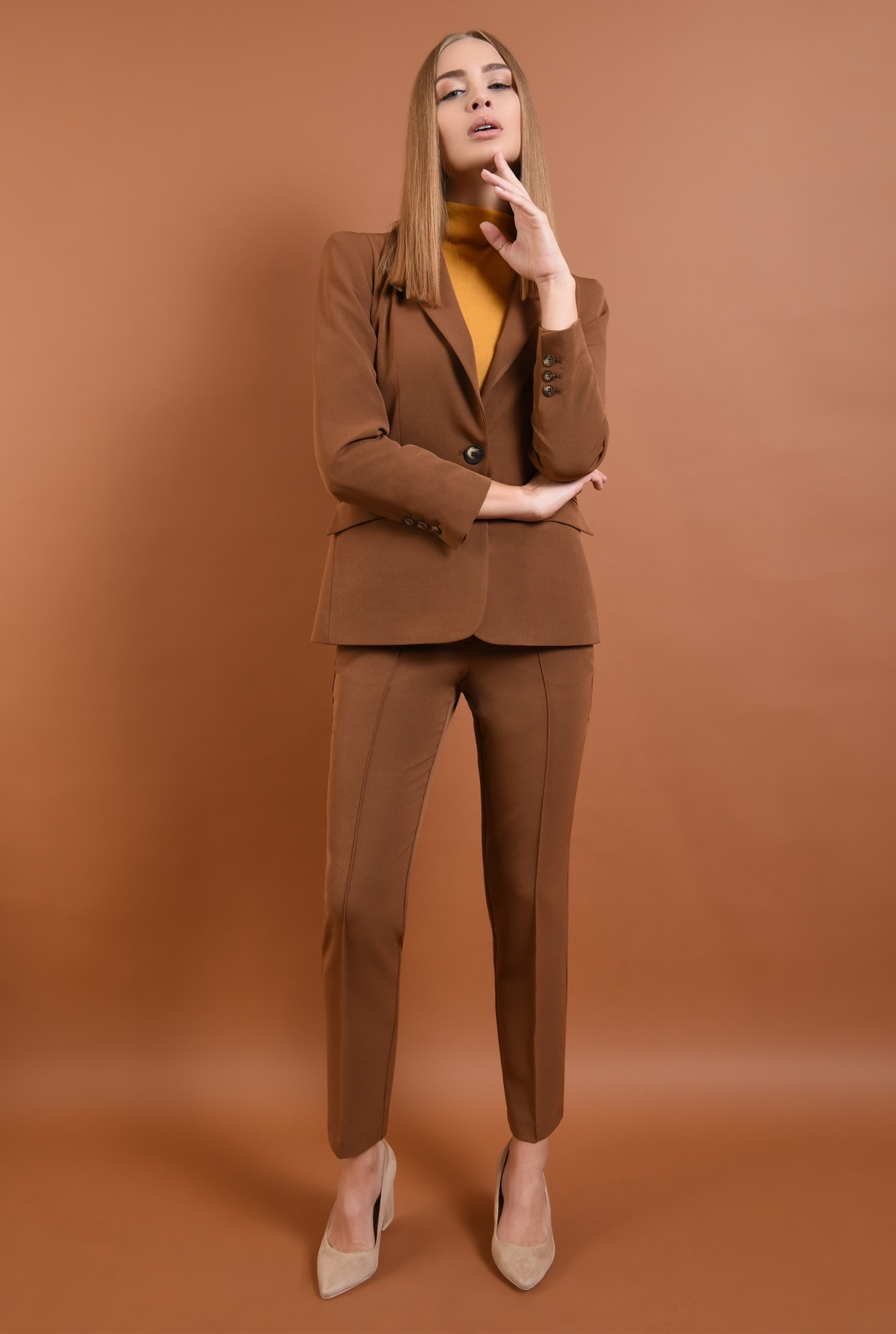 3 - 360 - pantaloni casual, maro, croi conic la dunga, buzunare