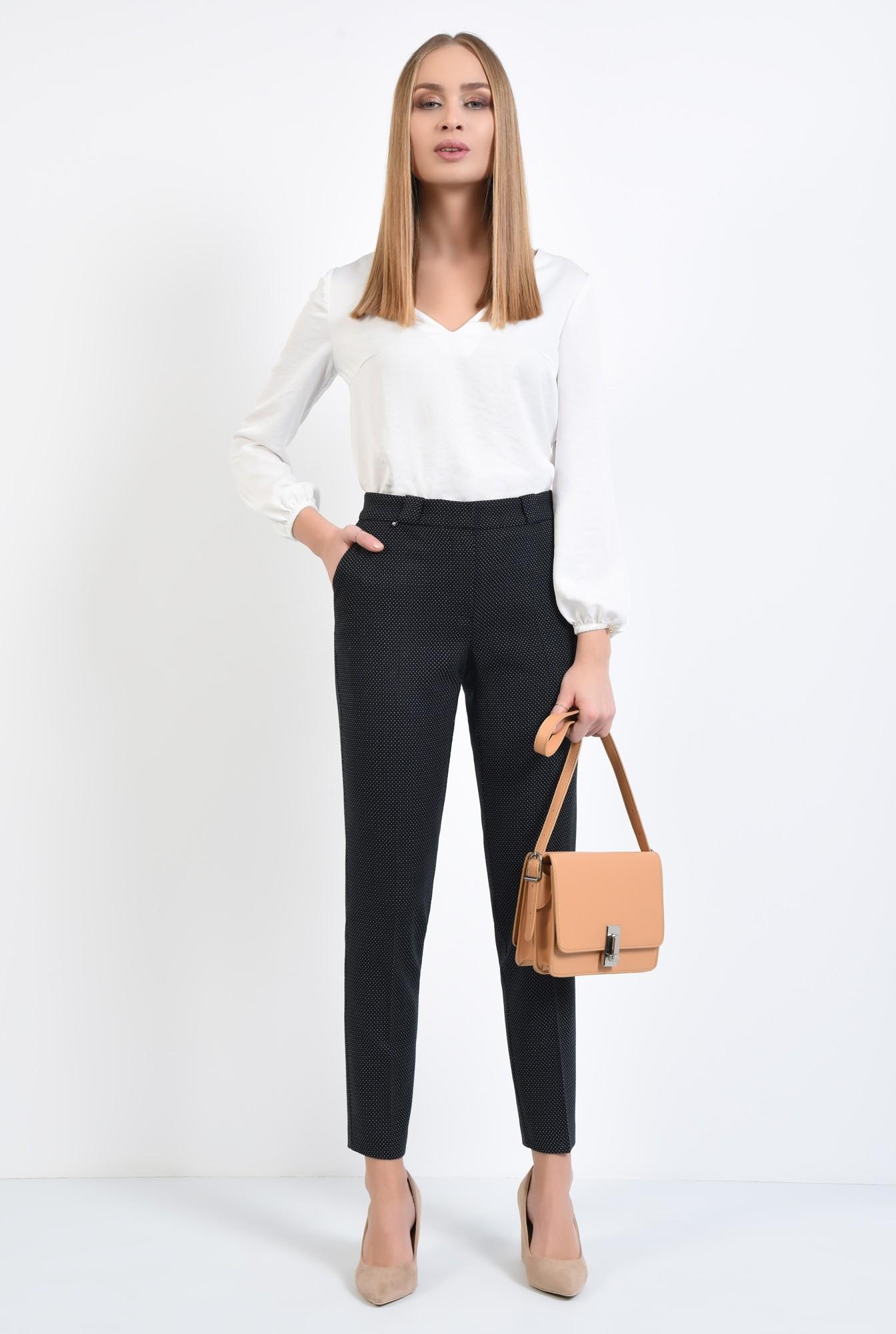 3 - pantaloni de zi, cu buline mici, picouri albe, pantaloni negri