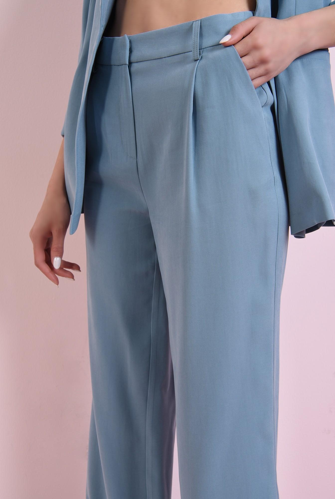 2 - pantaloni drepti, belu, cu talie medie