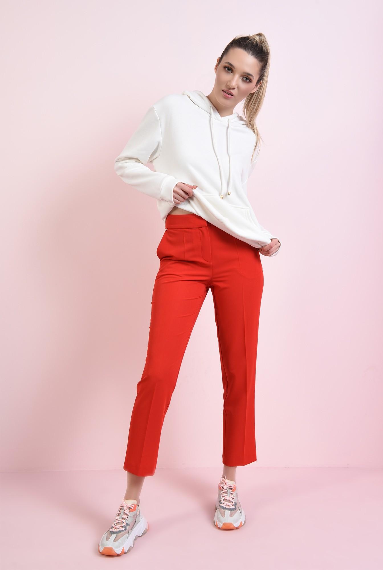 1 - pantaloni rosii, conici, cu talie medie