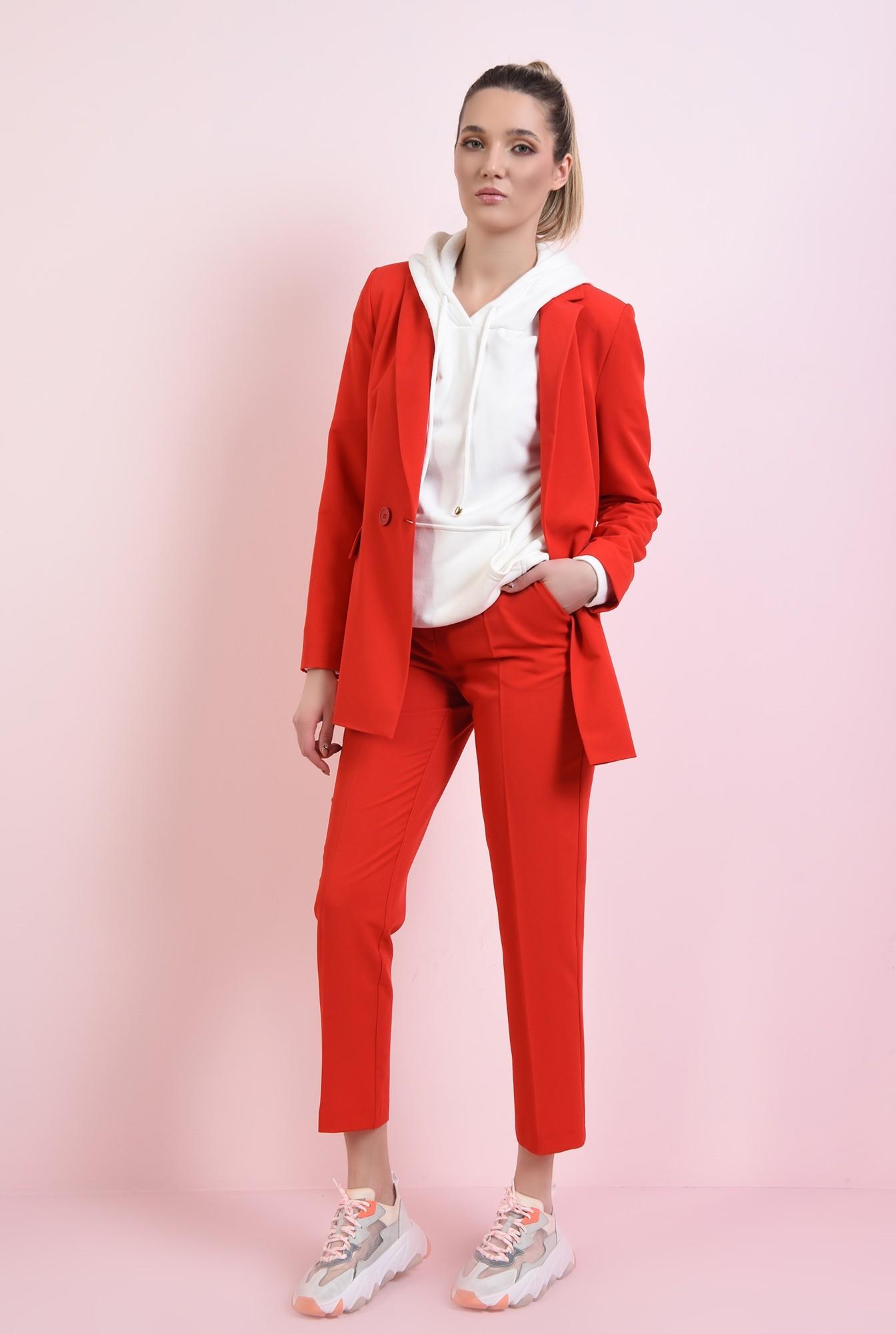 0 - pantaloni rosii, conici, cu talie medie