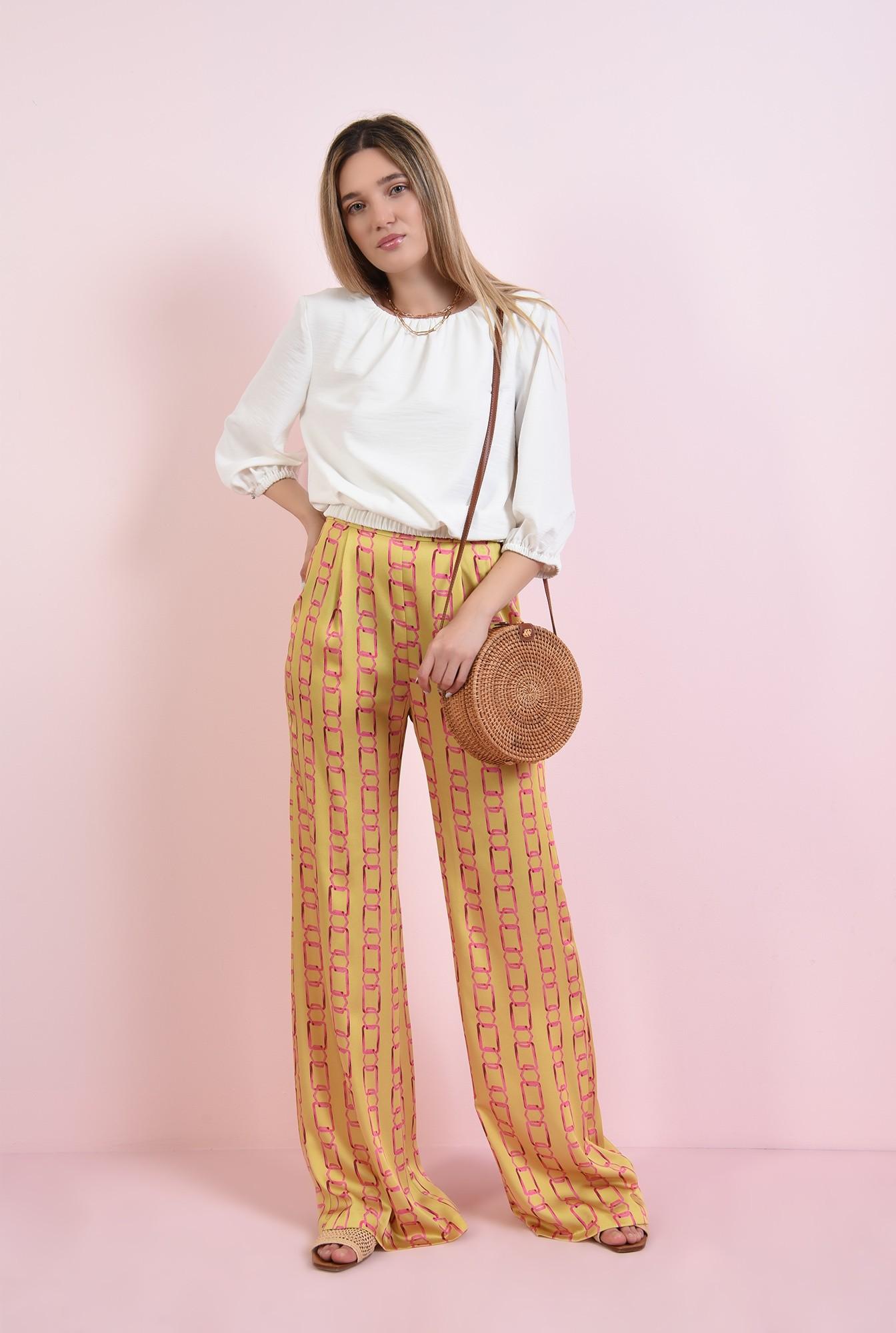 1 - pantaloni cu print, din satin