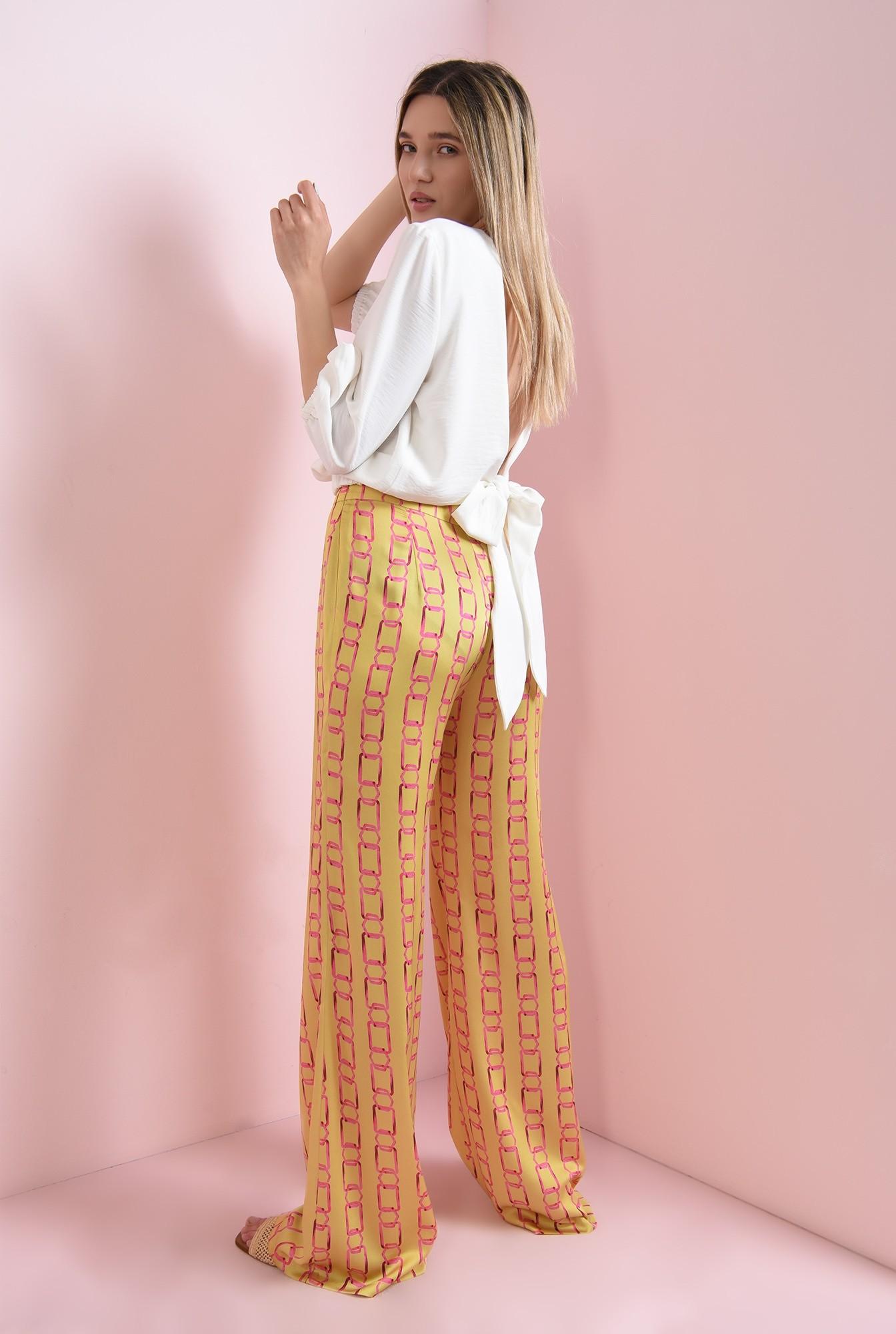2 - pantaloni cu print, din satin