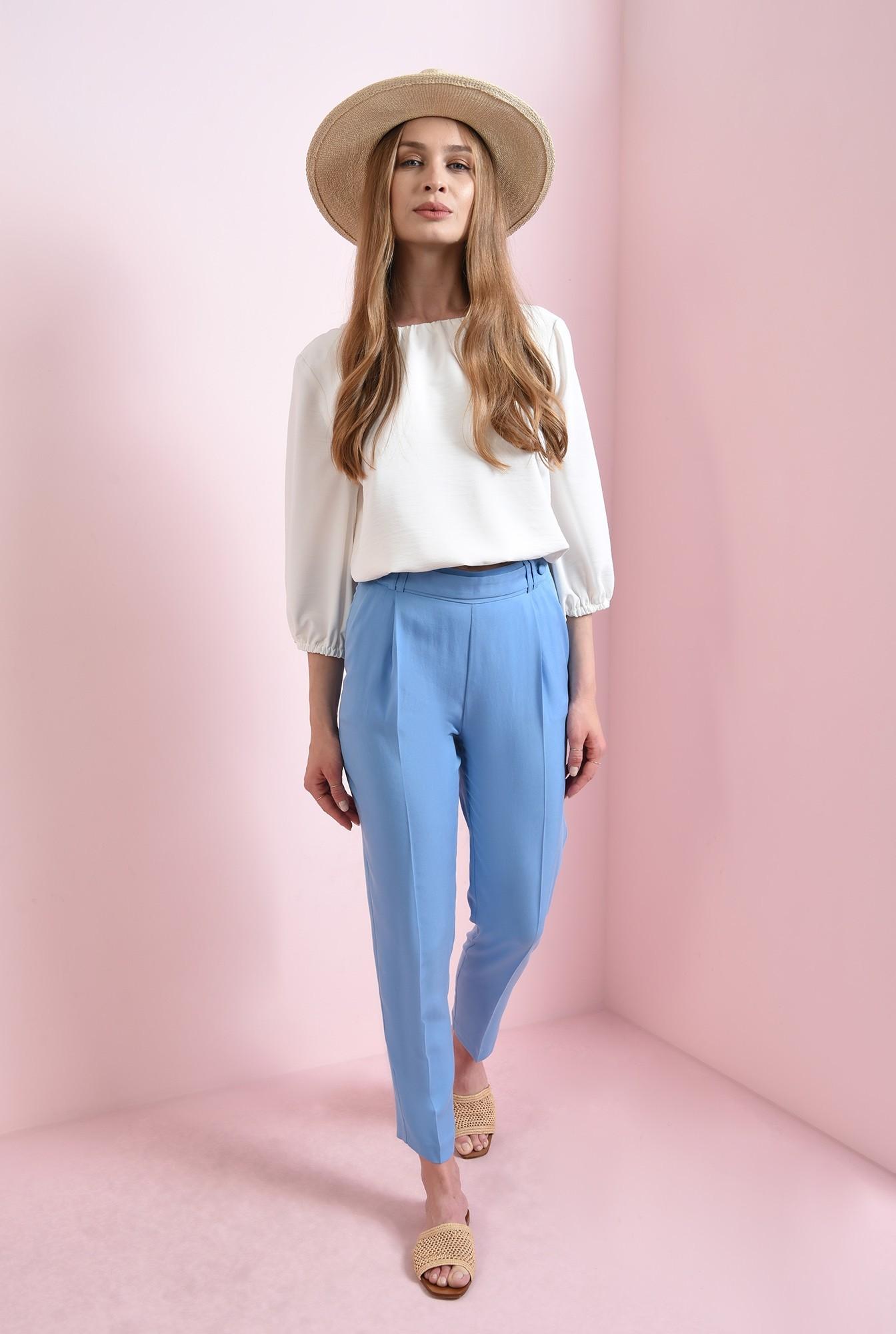 0 - pantaloni bleu, cu betelie decorativa