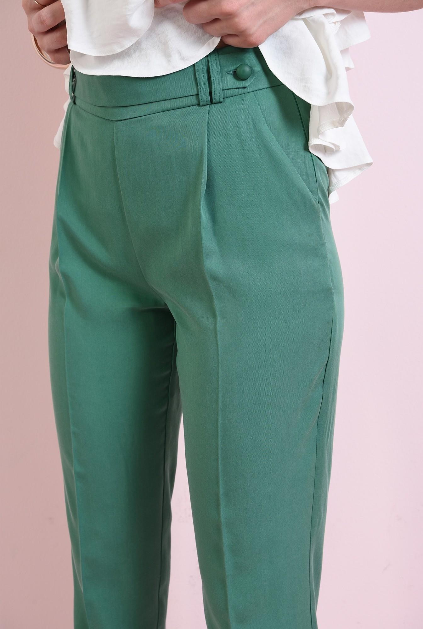 2 - pantaloni conici, cu buzunare laterale