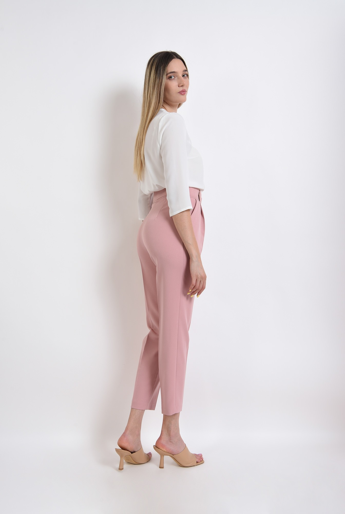 2 - pantaloni lungi, cu talie inalta, cu buzunare laterale