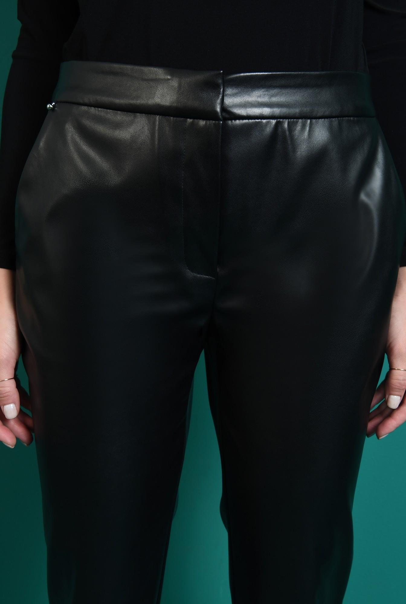 2 - pantaloni negri, conici, Poema