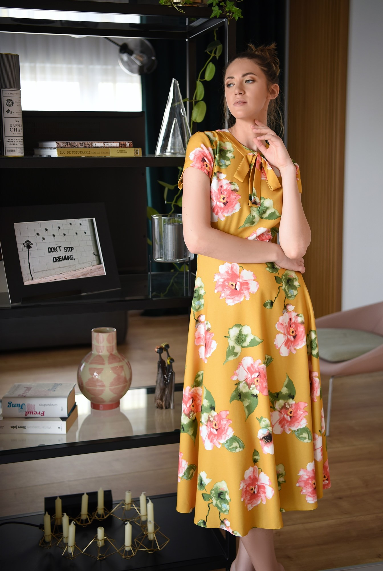 0 -  rochie de primavara, midi, evazata, cu imprimeu floral, Poema