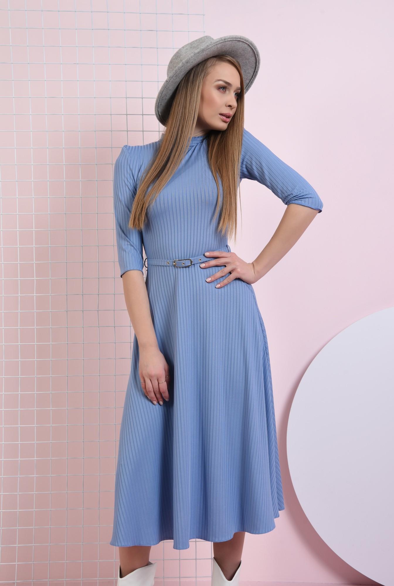 0 - rochie bleu, cu guler inalt, cu centura