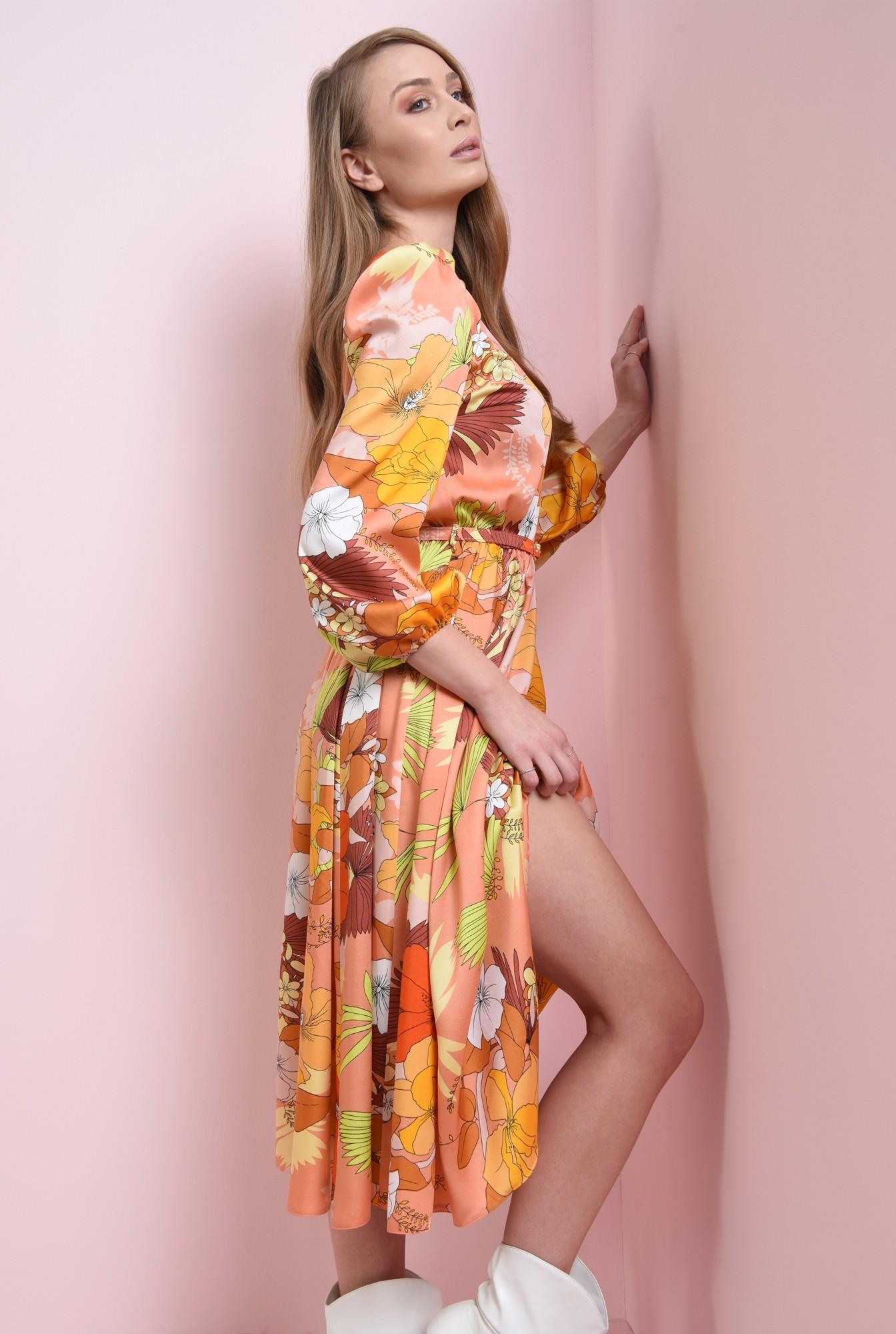 0 - rochie cu umeri accentuati, cu centura
