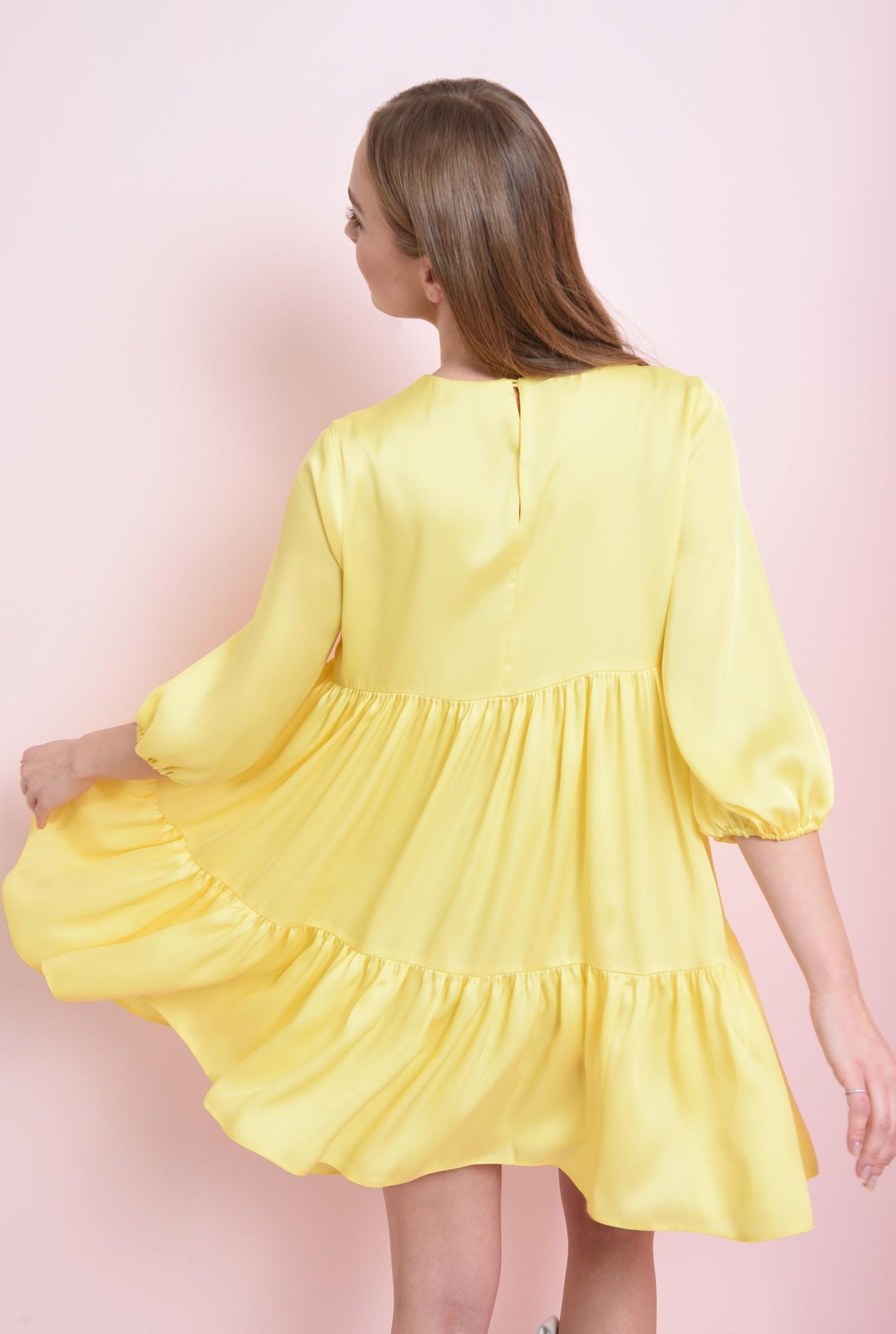 2 - rochie galbena, cu volan, cu decolteu rotund