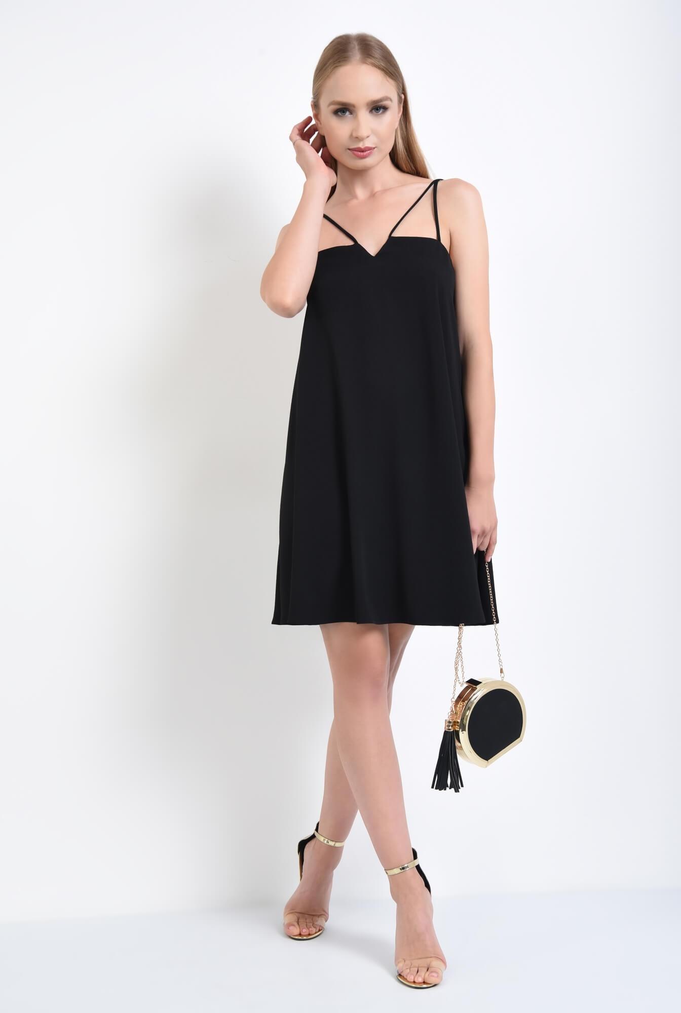 3 - rochie eleganta, scurta, evazata, neagra
