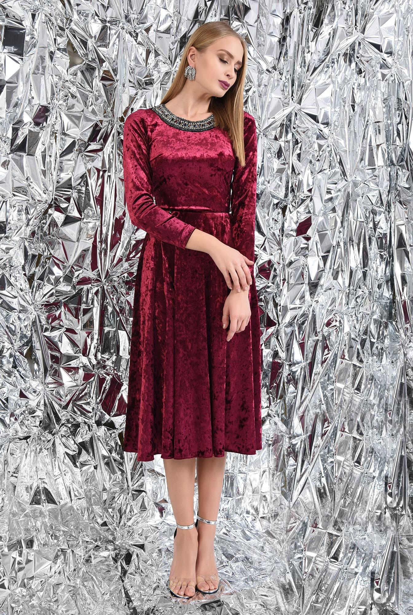 3 - 360 - rochie de ocazie, din catifea, grena, cu pasmanterie