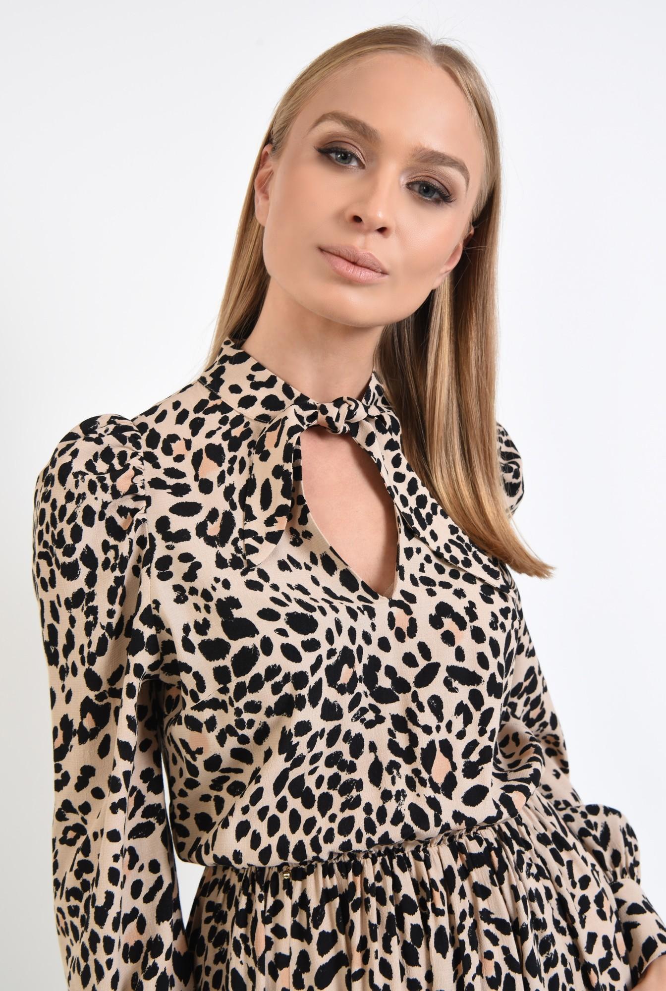 2 - 360 - rochie casual, scurta, clos, animal print, funda