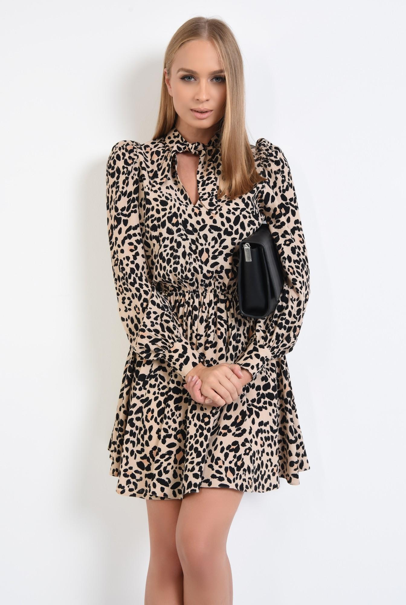 0 - 360 - rochie casual, scurta, clos, animal print, funda