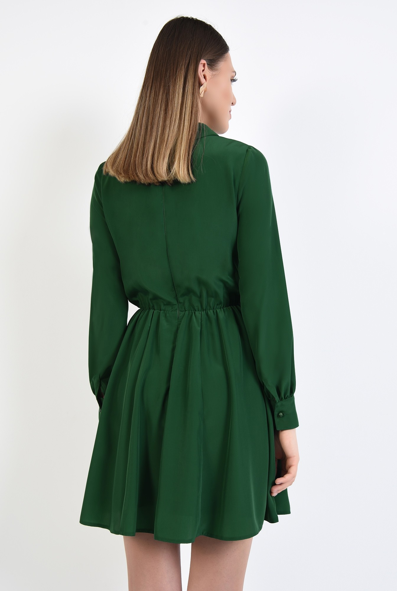 1 - rochie scurta, evazata, clos, talie pe elastic, guler